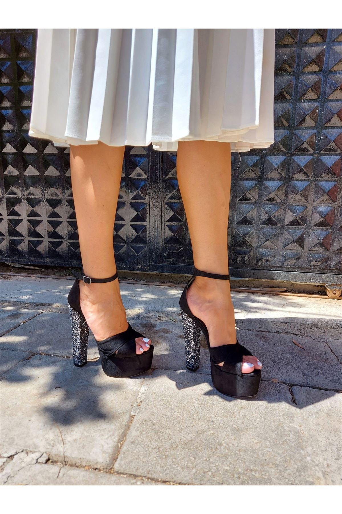 Celine Siyah Süet Silver Topuklu Ayakkabı