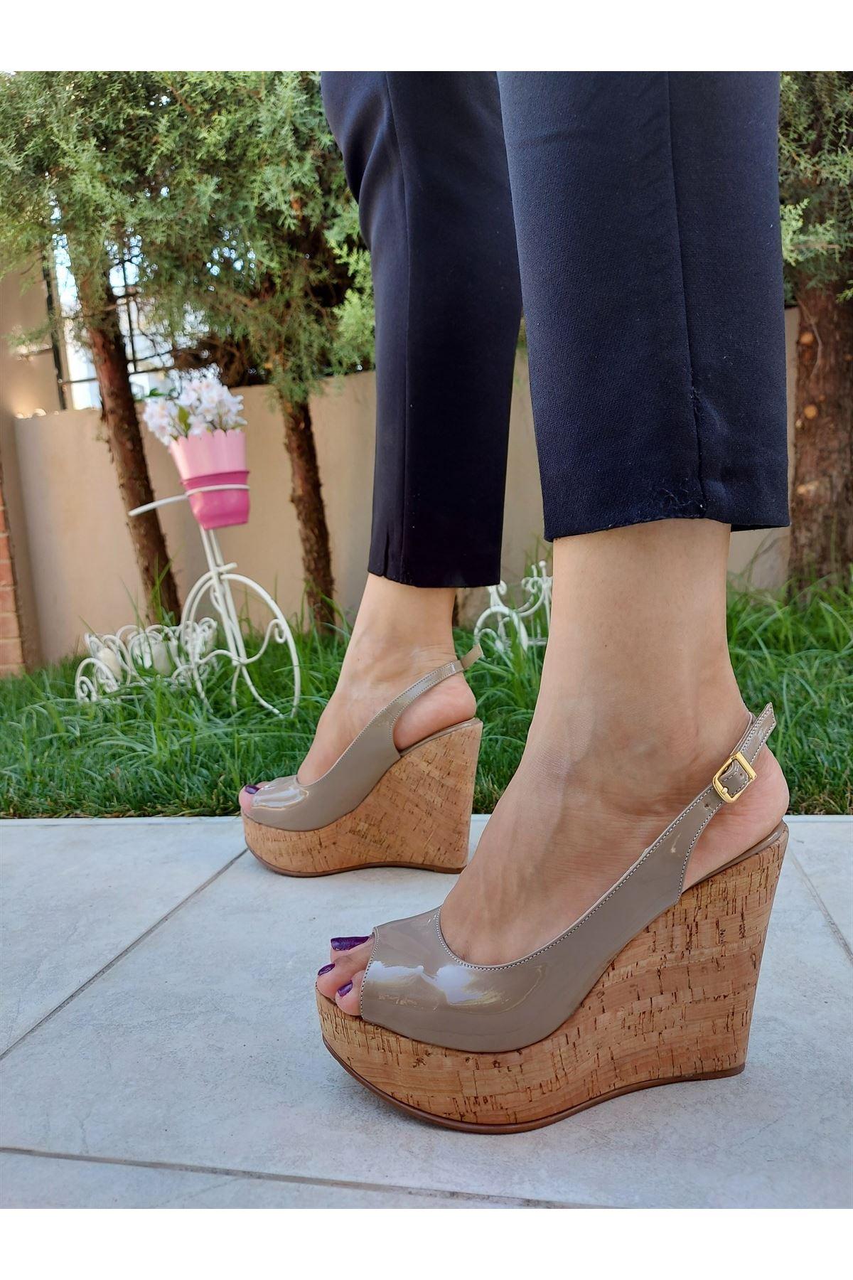 Fernanda Ten Rugan - Mantar Dolgu Topuklu Ayakkabı