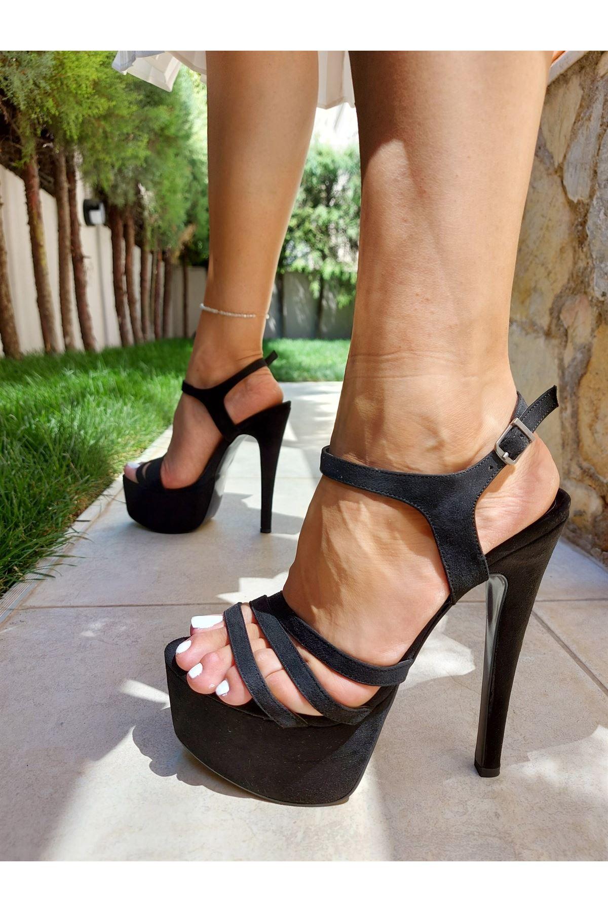 Becca Siyah Süet Yüksek Topuklu Ayakkabı