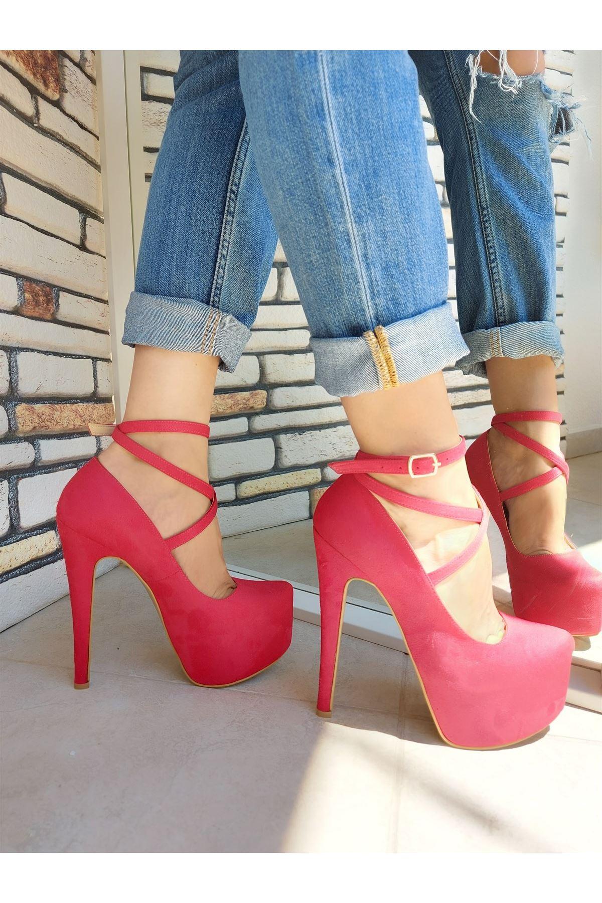 Brione Kırmızı Süet Yüksek Topuklu Ayakkabı