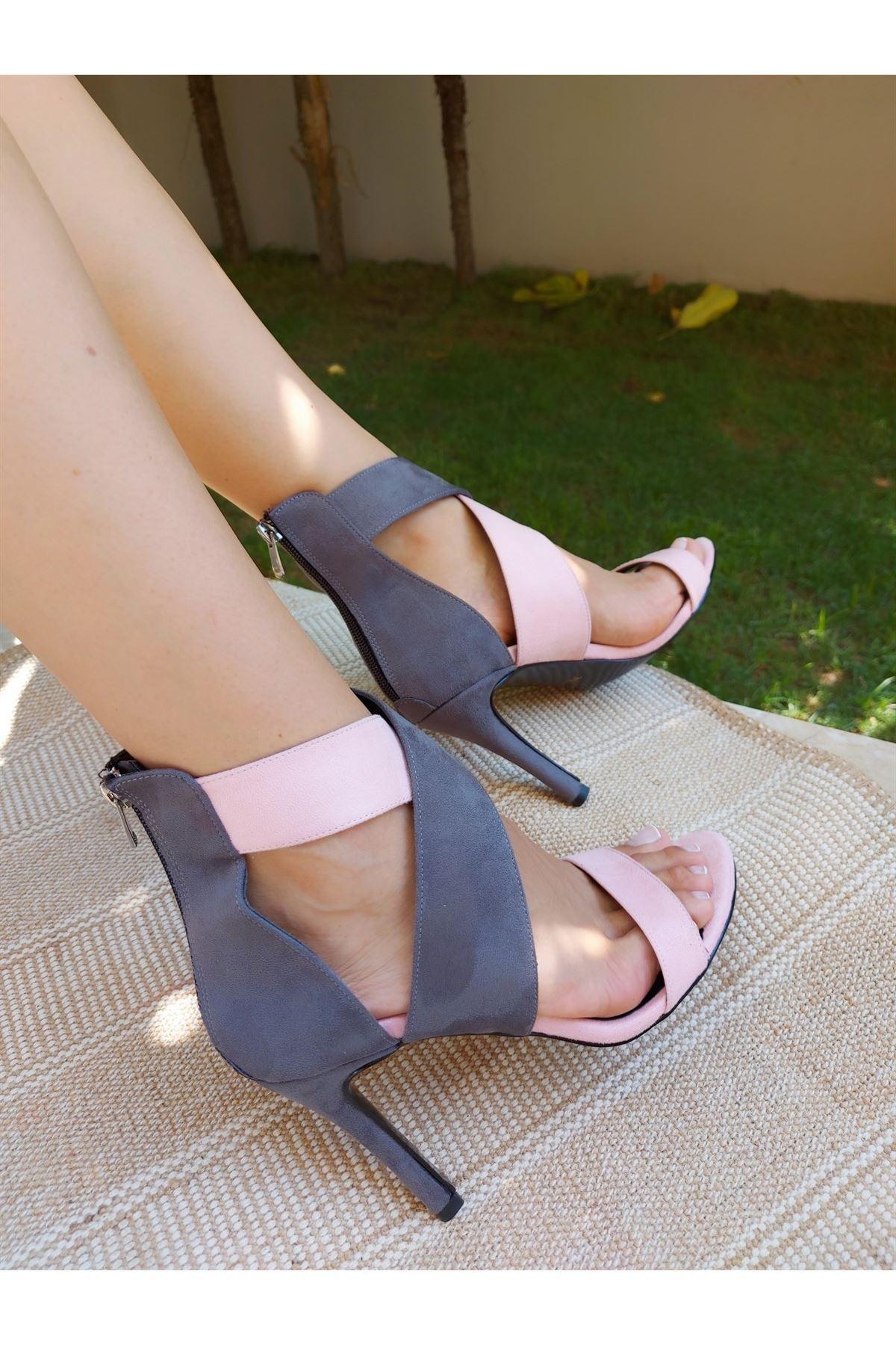 Xana Gri-Pembe Çapraz Topuklu Ayakkabı
