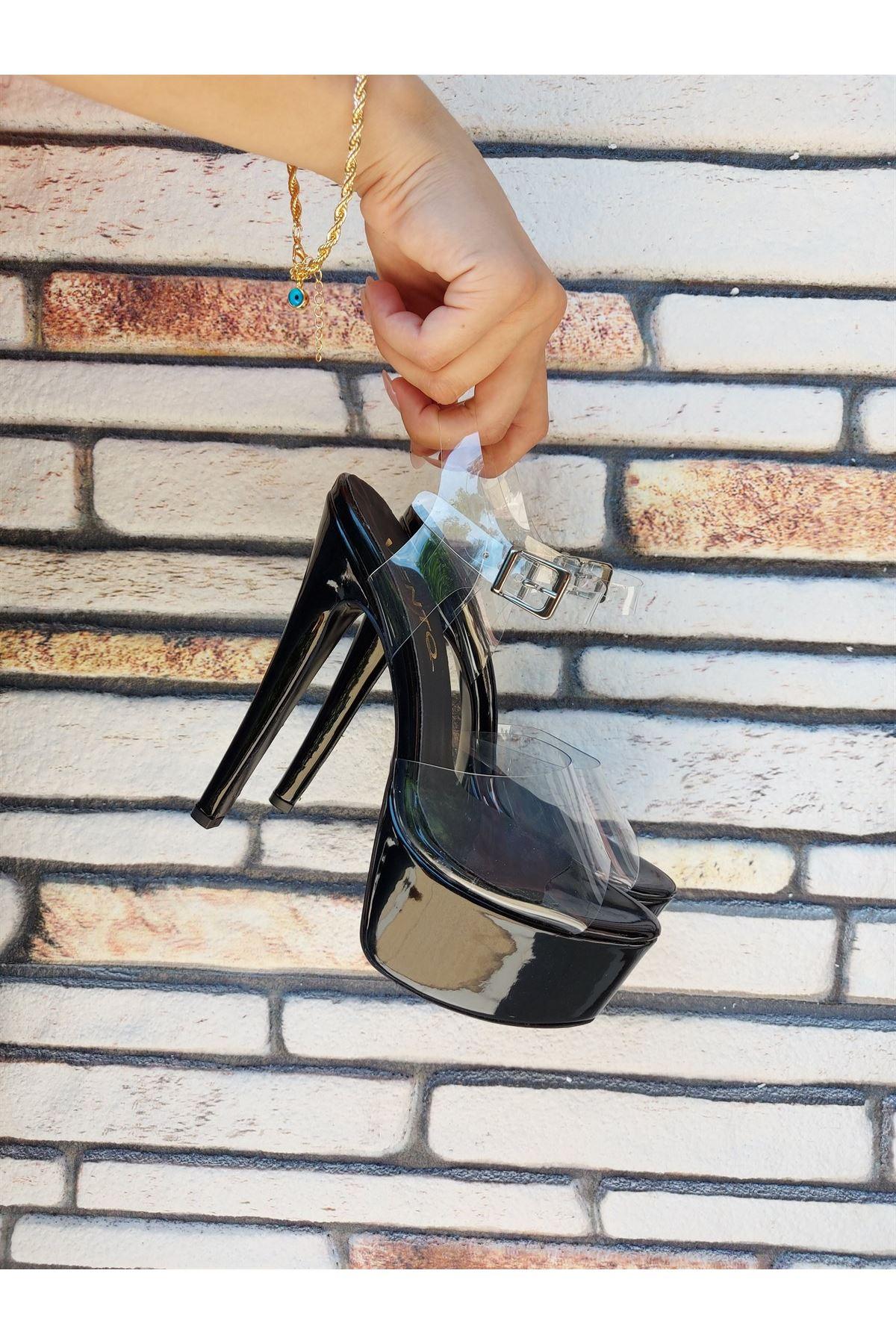 Cadee Siyah Rugan-Şeffaf Yüksek Topuklu Kadın Ayakkabı