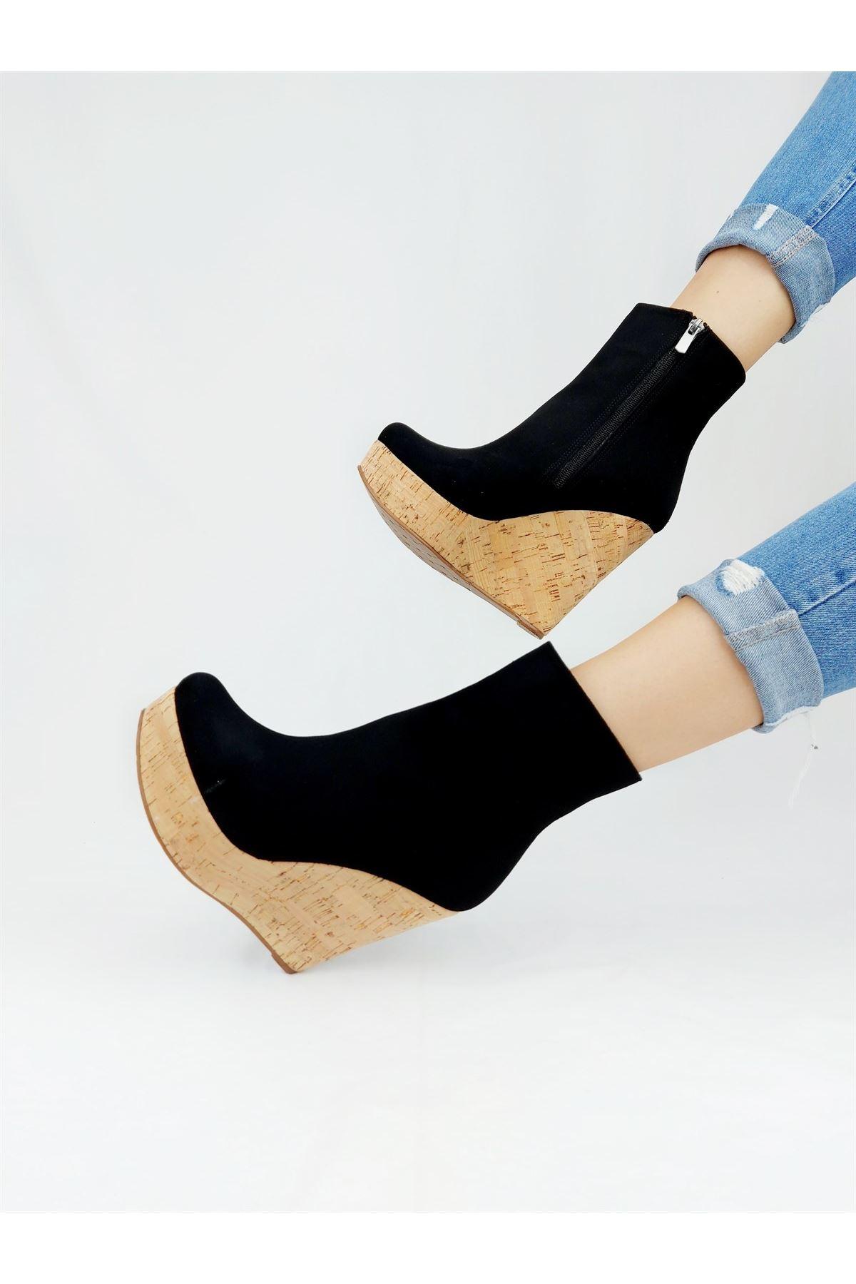 Daina Siyah Süet - Mantar Dolgu Topuklu Bot