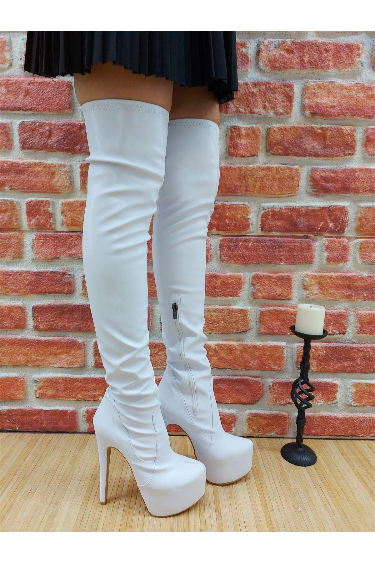 Pages Beyaz Cilt Yüksek Topuklu Diz Üstü Çizme