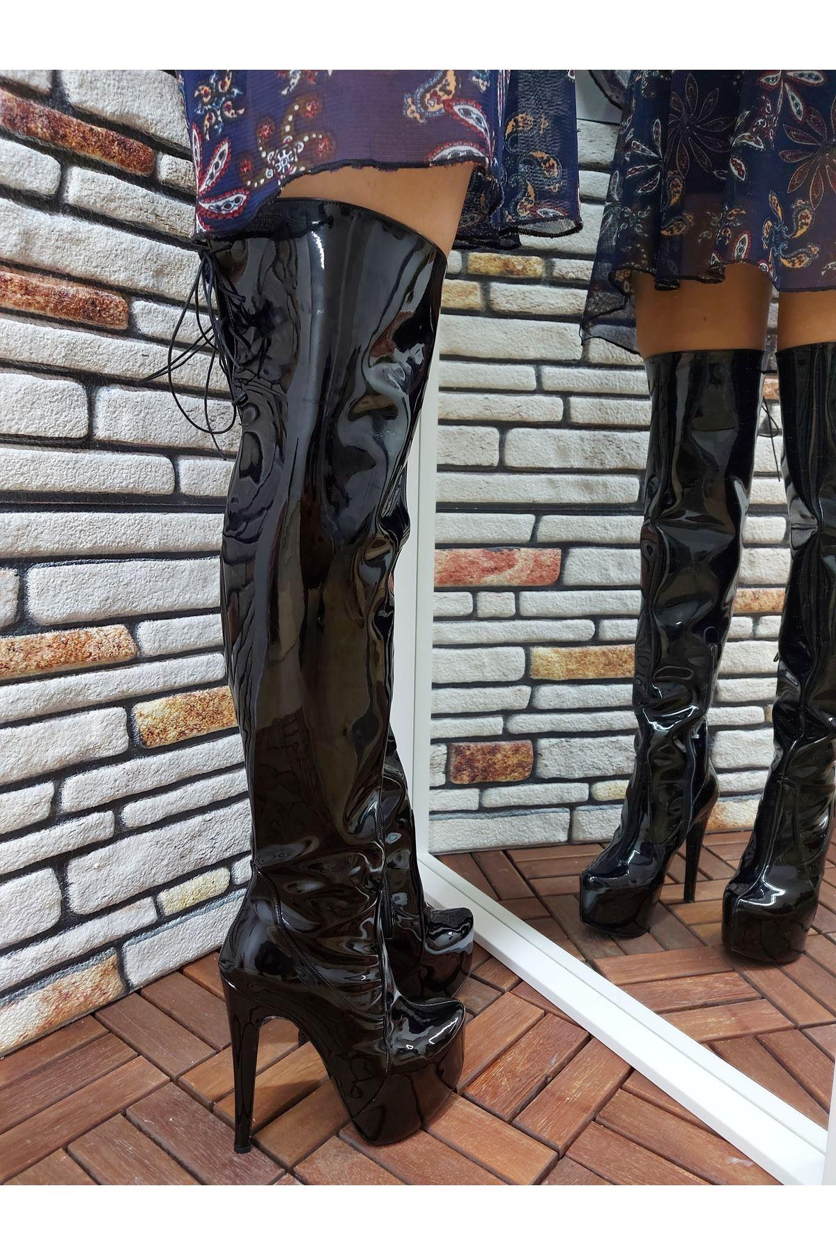 Rinna Siyah Rugan Bağcıklı Yüksek Topuklu Çizme