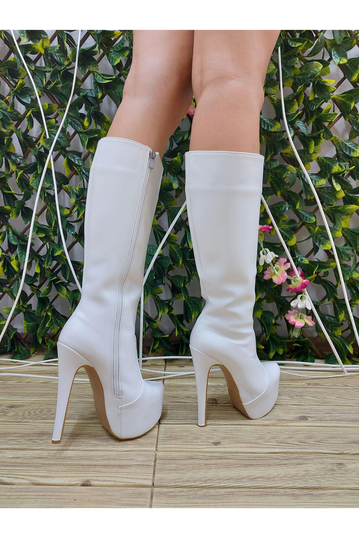 Lily Fermuarlı Beyaz Cilt Yüksek Topuklu Çizme