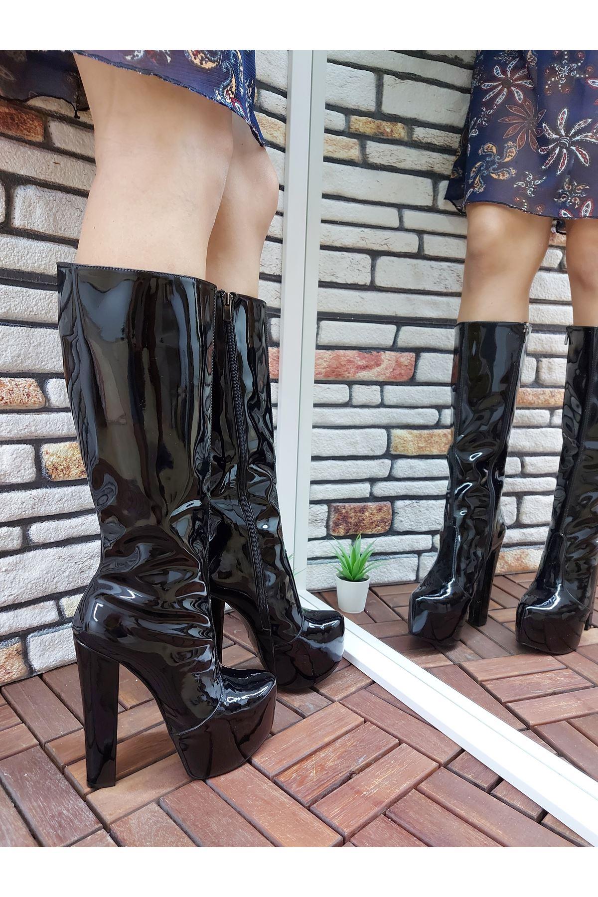 Lily Fermuarlı Siyah Rugan Yüksek Topuklu Çizme