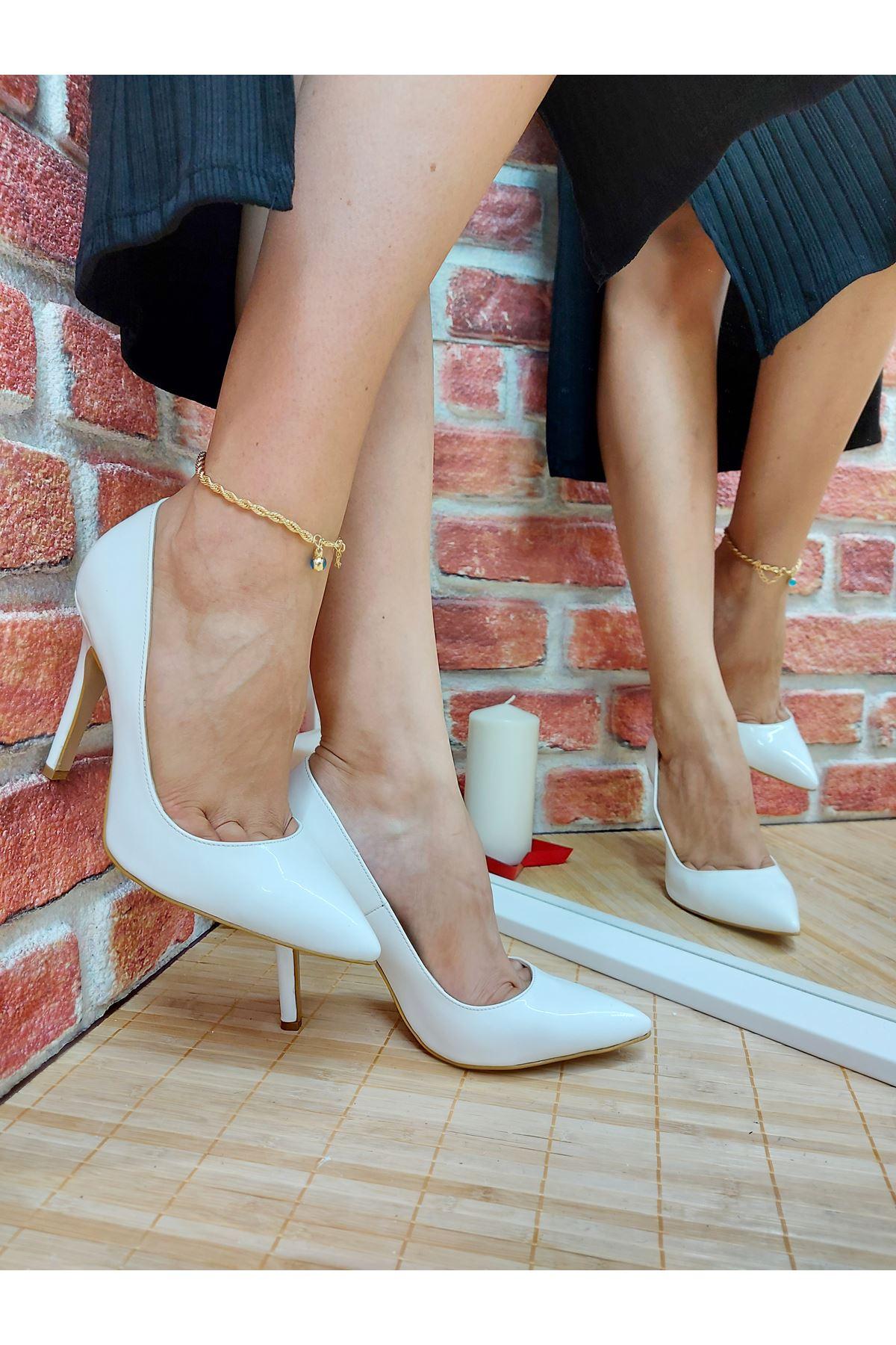 Tokyo Beyaz Cilt Stiletto