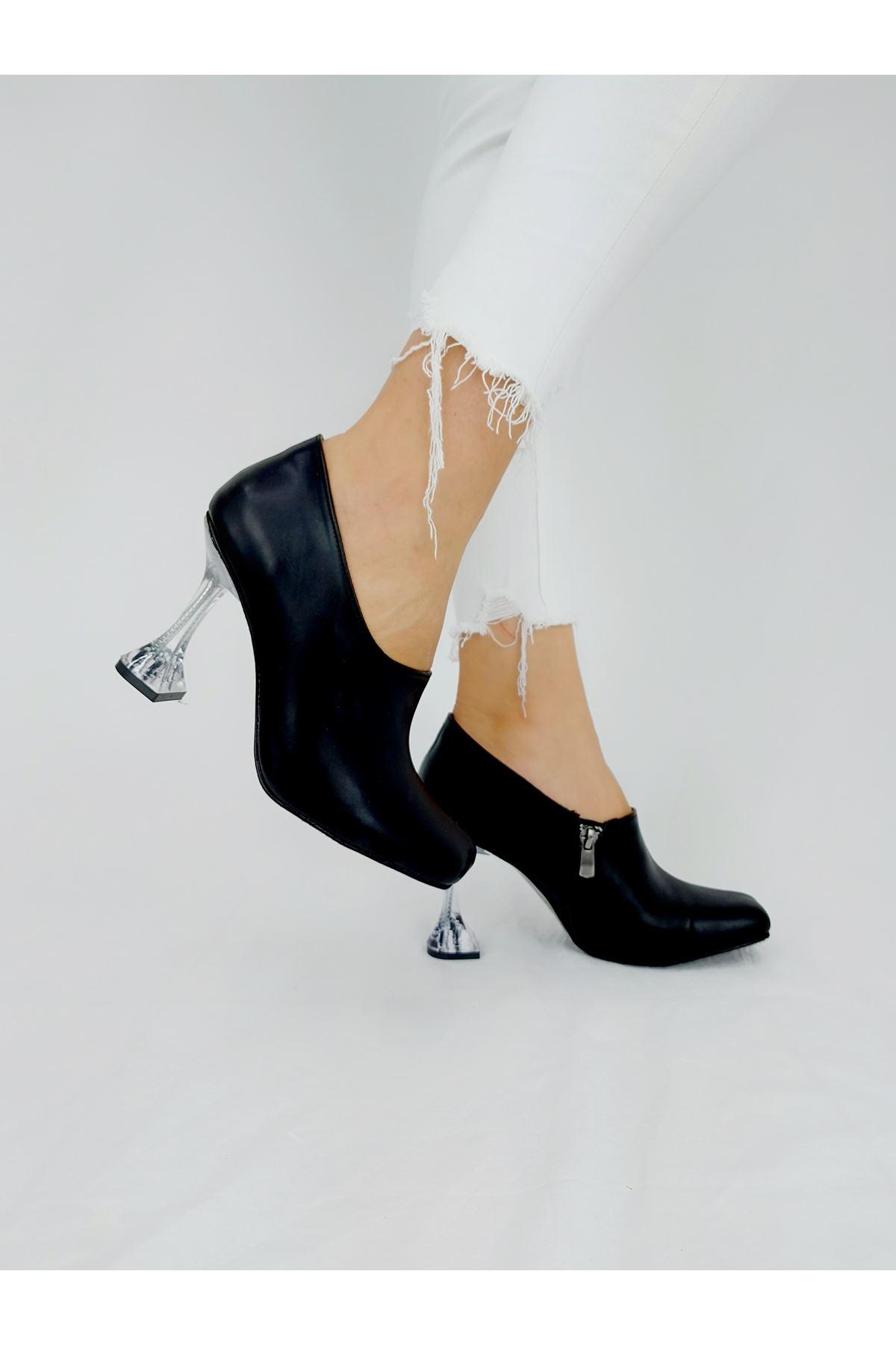 Nora Siyah Cilt Fashion Topuklu Bot