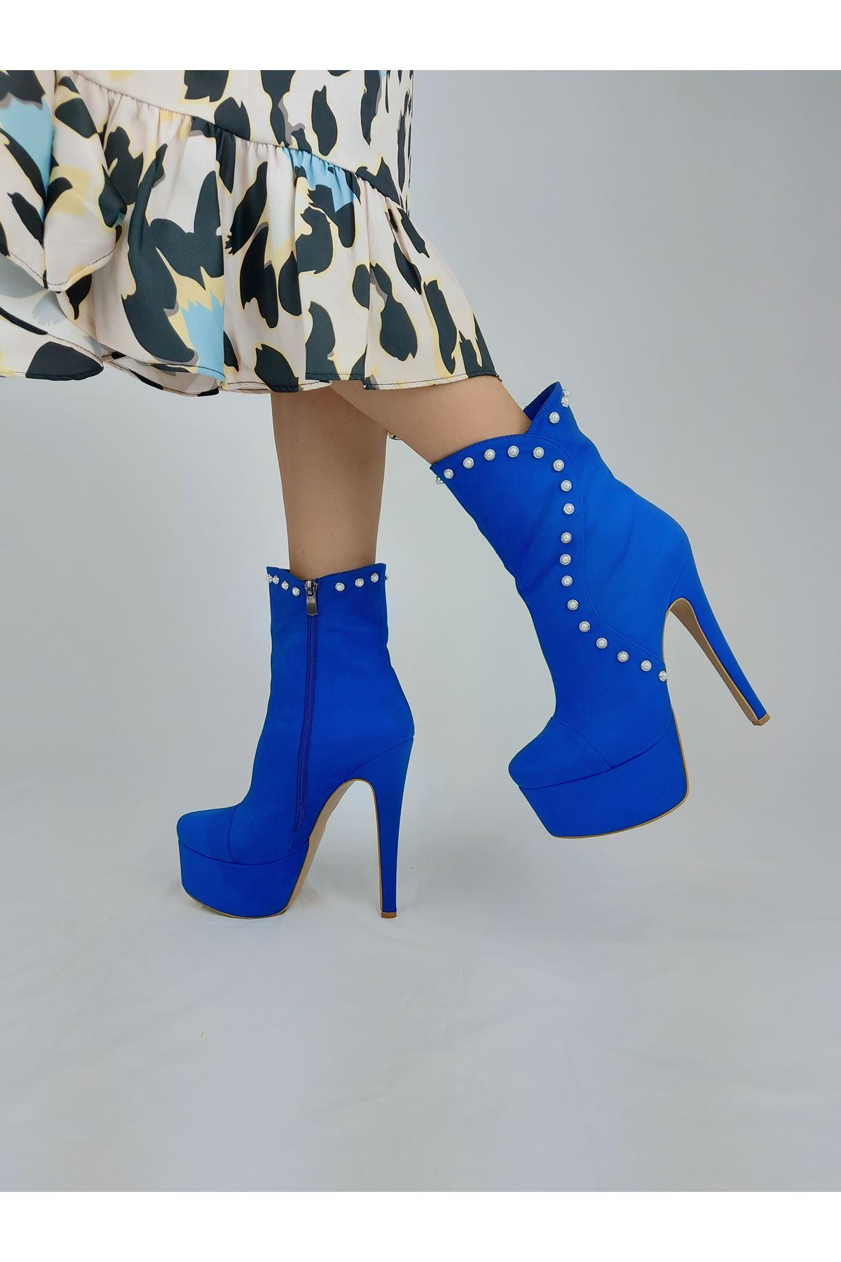 Maude İnci Detaylı Sax Mavi Süet Yüksek Topuklu Bot