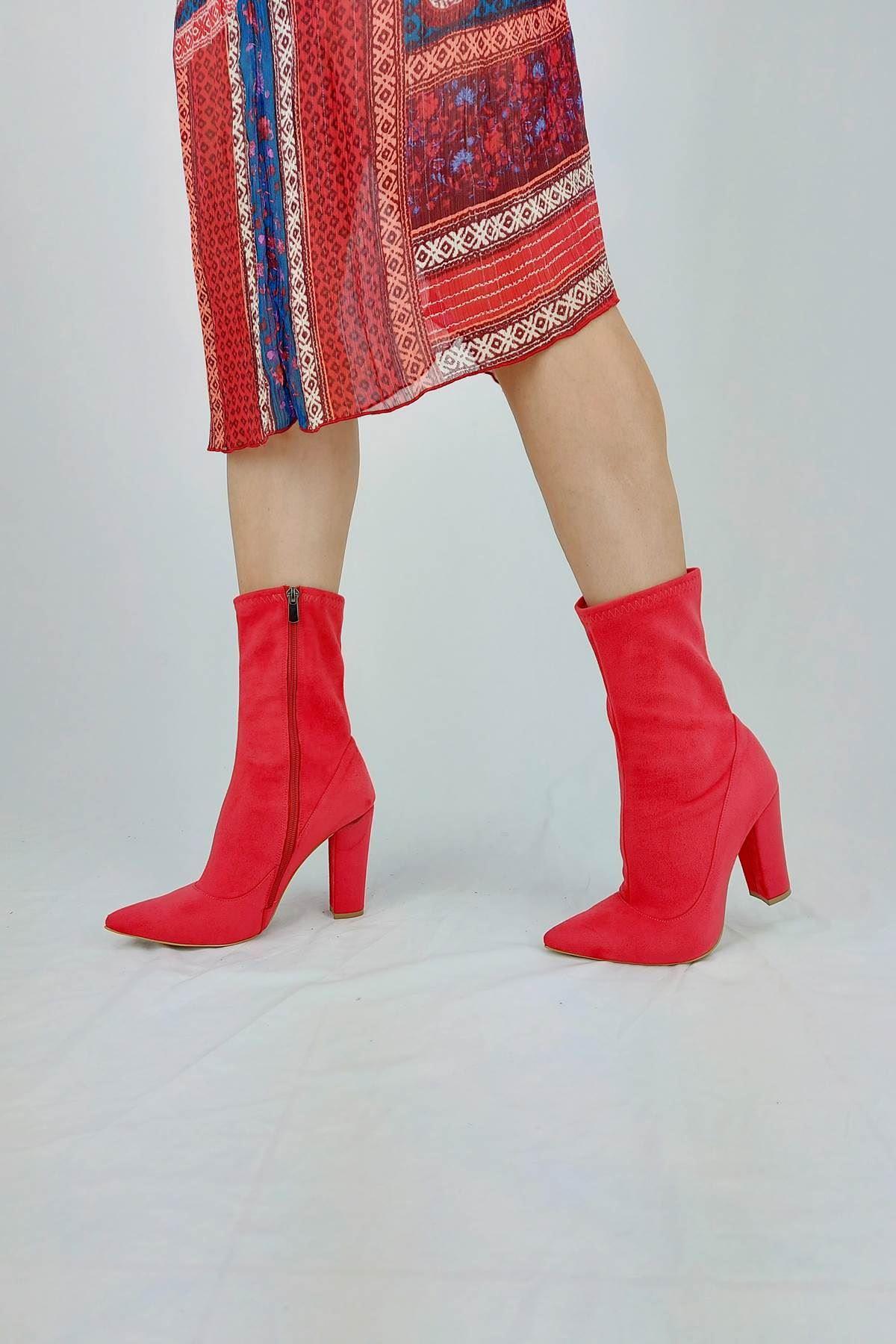 Rozan Kırmızı Süet Topuklu Bot
