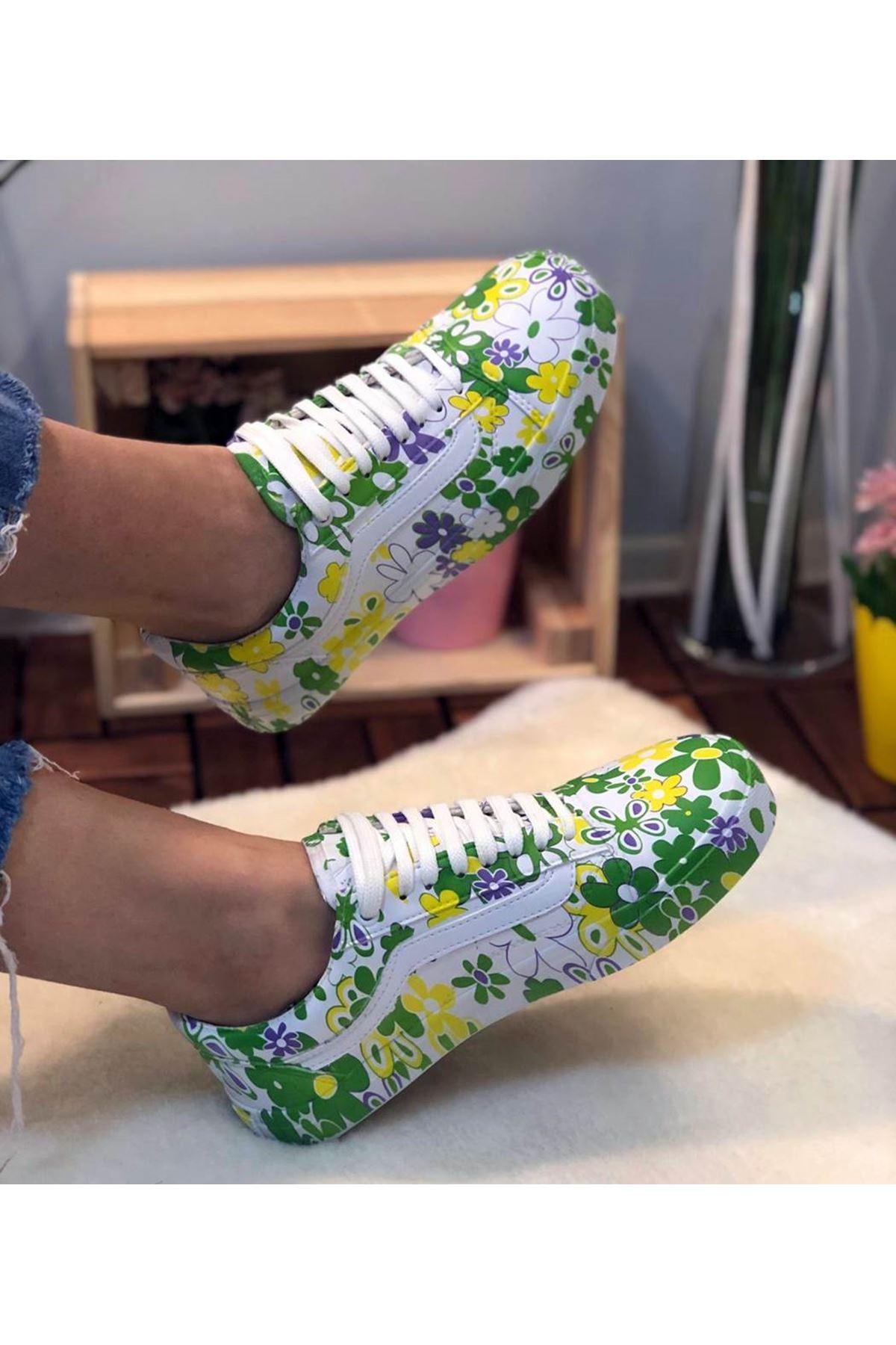 111 Yeşil Çiçekli Spor Ayakkabı