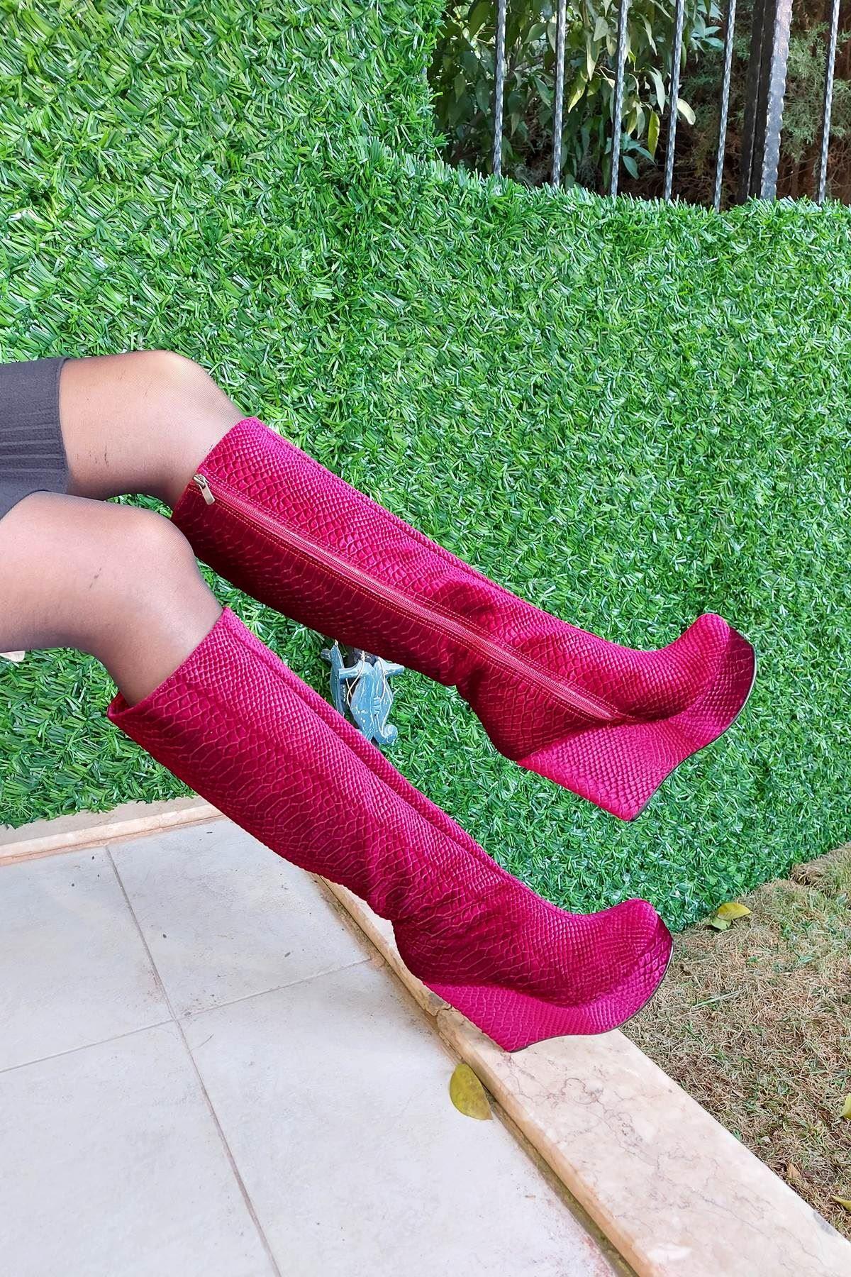 Kelly Bordo Kadife Dolgu Topuklu Çizme