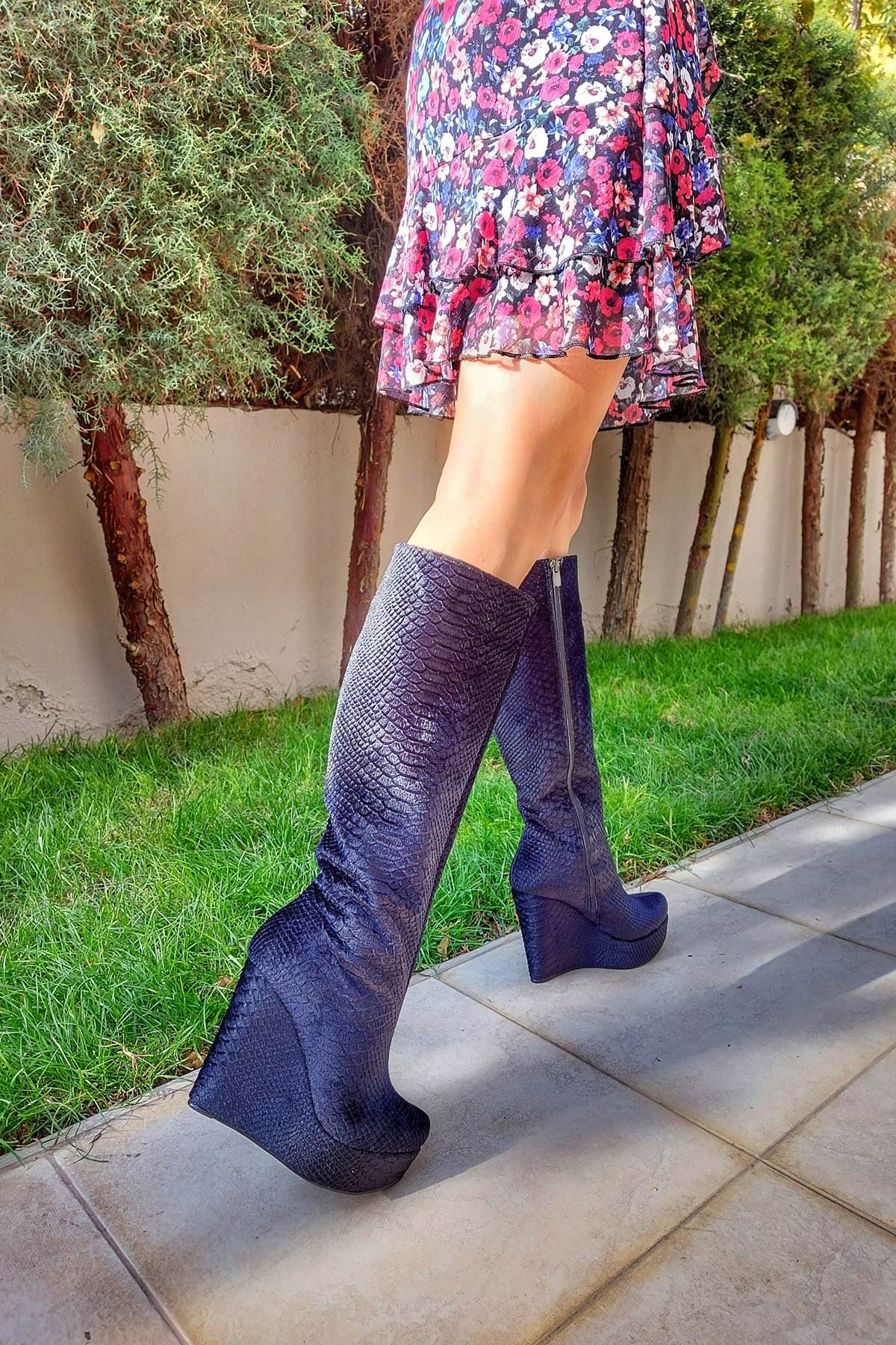 Kelly Siyah Kadife Dolgu Topuklu Çizme