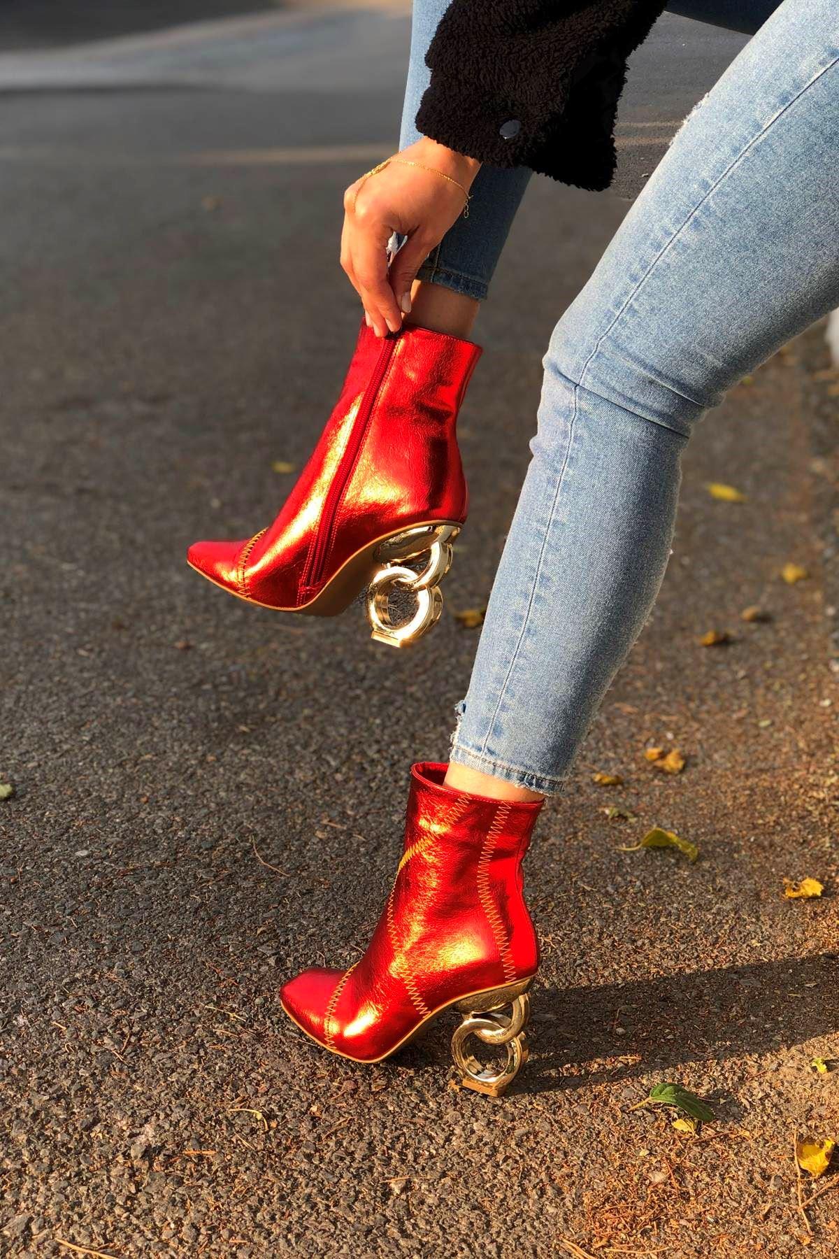 Triyaki Kırmızı Kırışık Halka Topuklu Bot