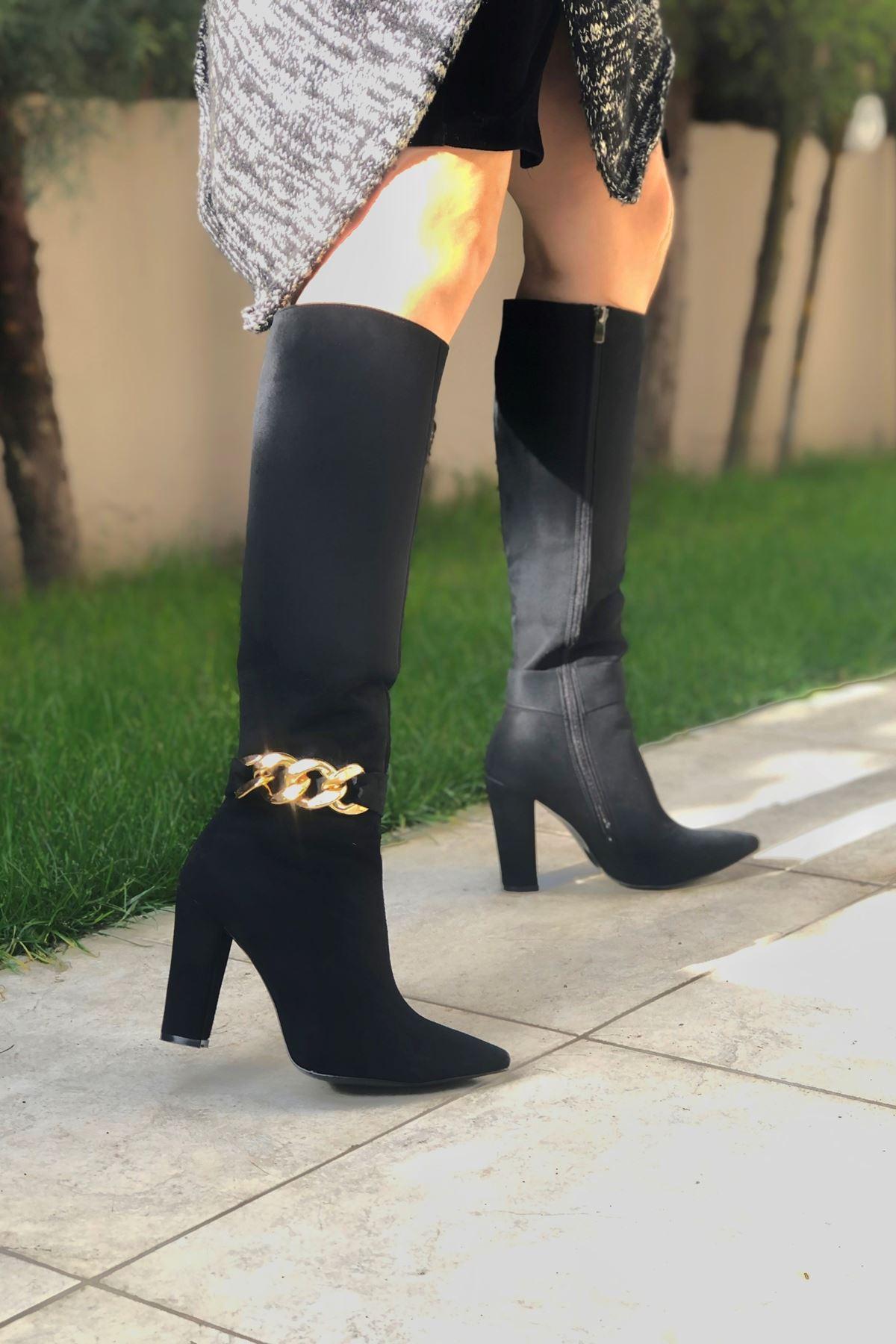 Andros Siyah Süet Gold Toka Detaylı Kadın Çizme
