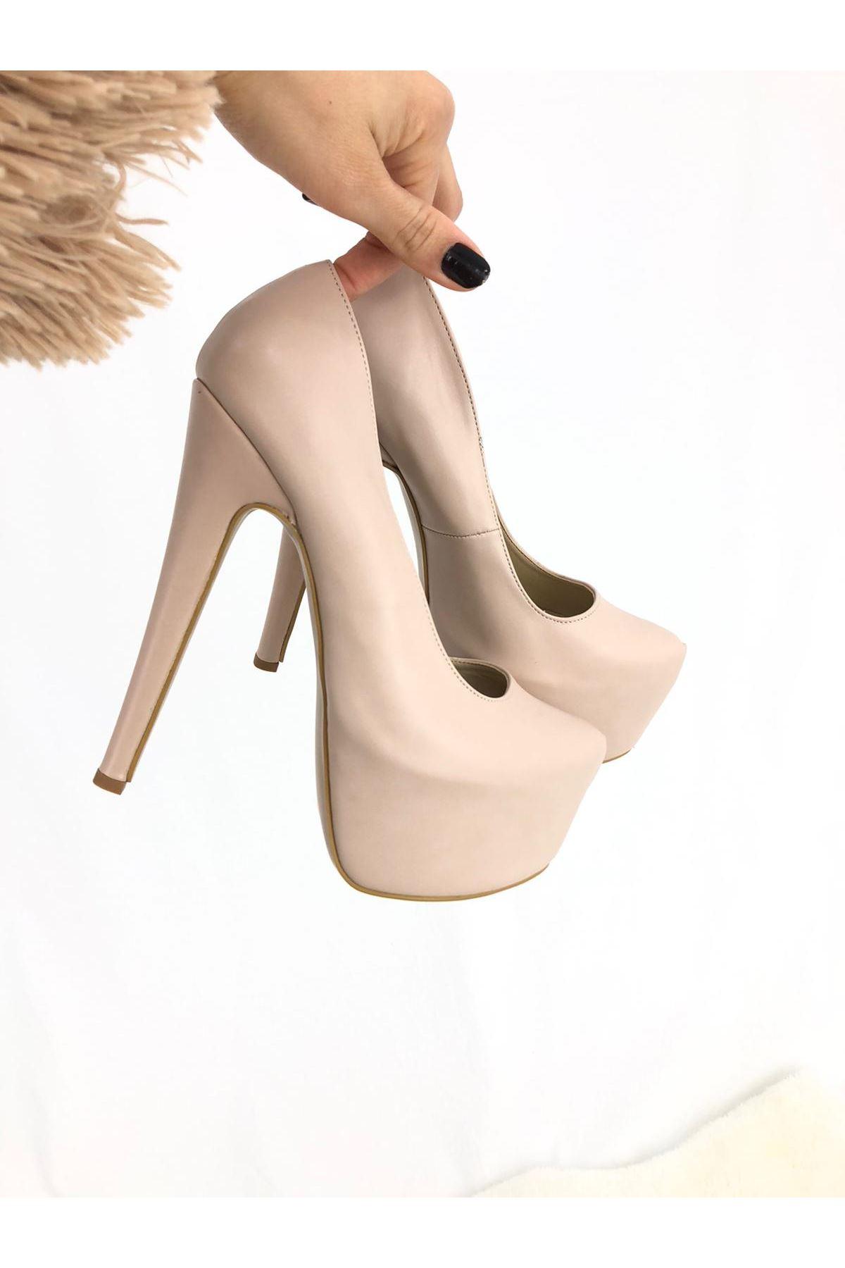 Pudra Cilt Topuklu Ayakkabı