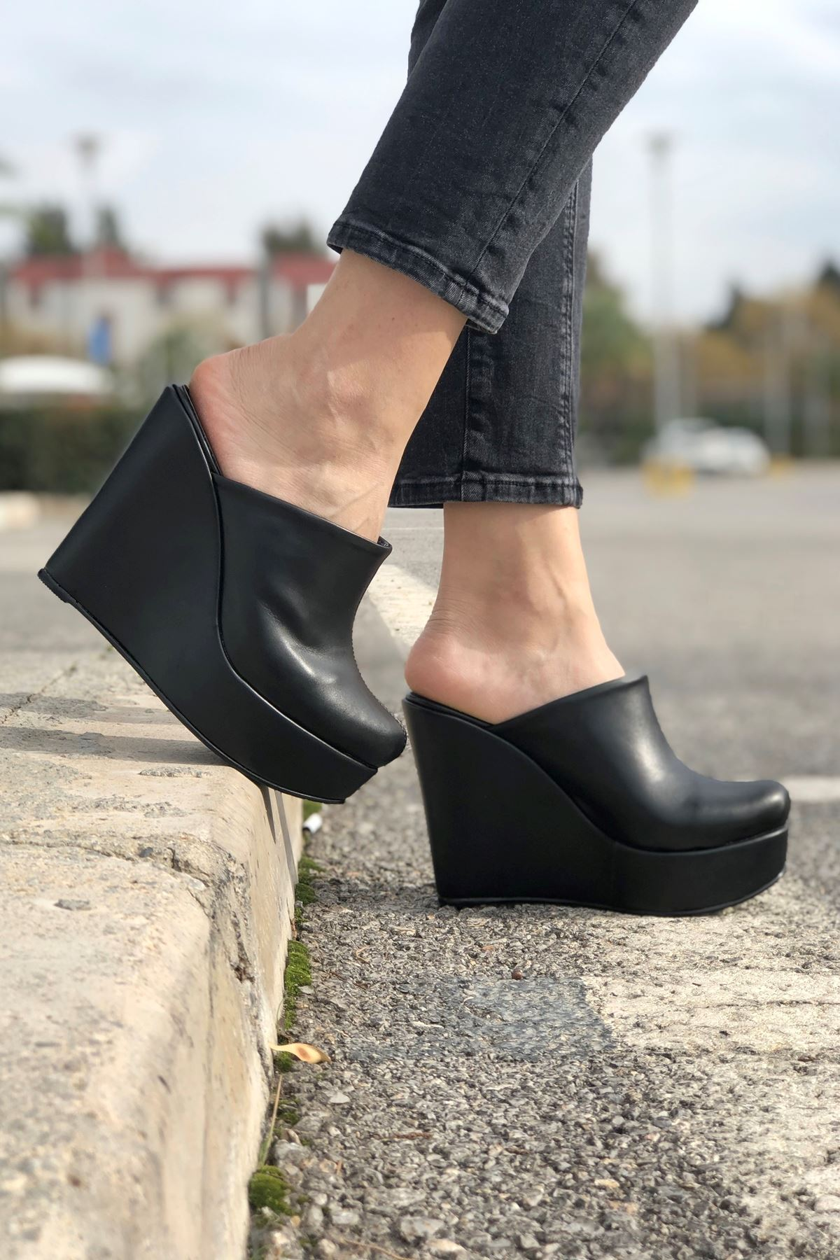 Cindy Siyah Cilt Dolgu Topuk Kadın Ayakkabı