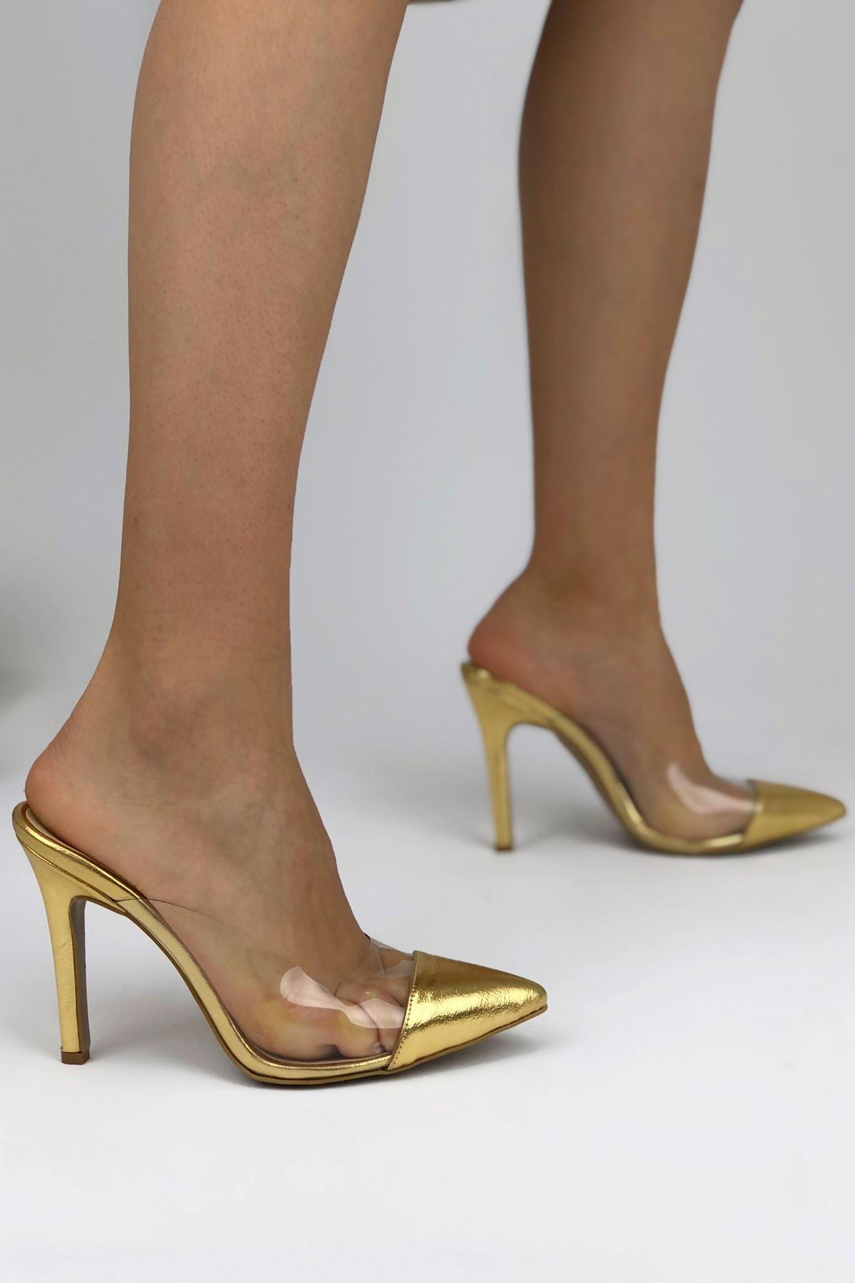 Cros Gold Parlak Topuklu Kadın Terlik