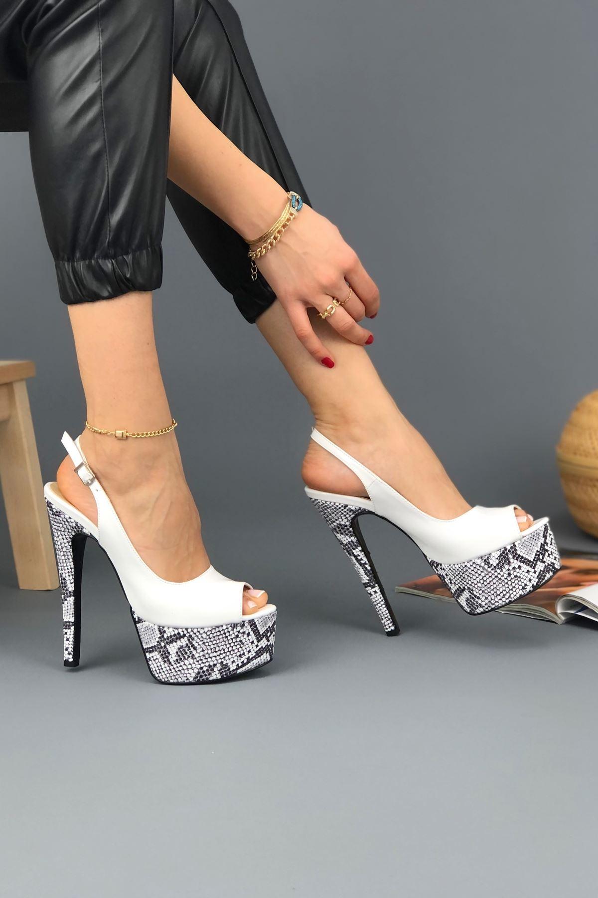Ruby Beyaz Rugan - Yılan Yüksek Topuklu Kadın Ayakkabı