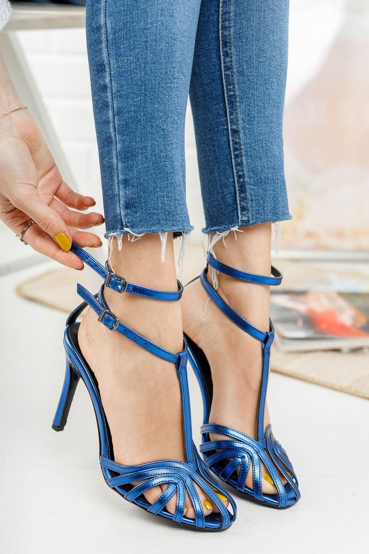 Farcos Sax Mavi Biyeli Çift Baret Tokalı Topuklu Kadın Ayakkabı