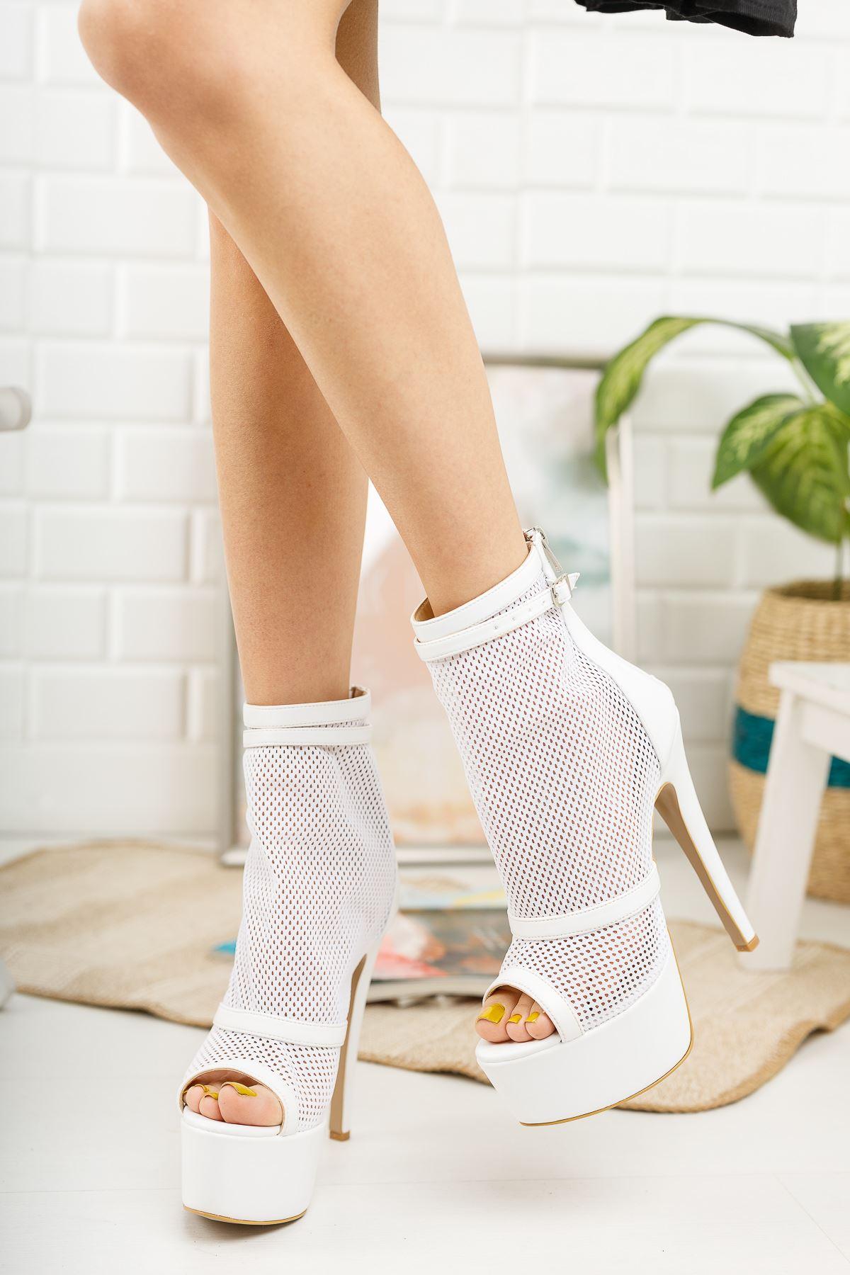 Reanda Beyaz Cilt Fileli Çift Baretli Yüksek Topuklu Ayakkabı