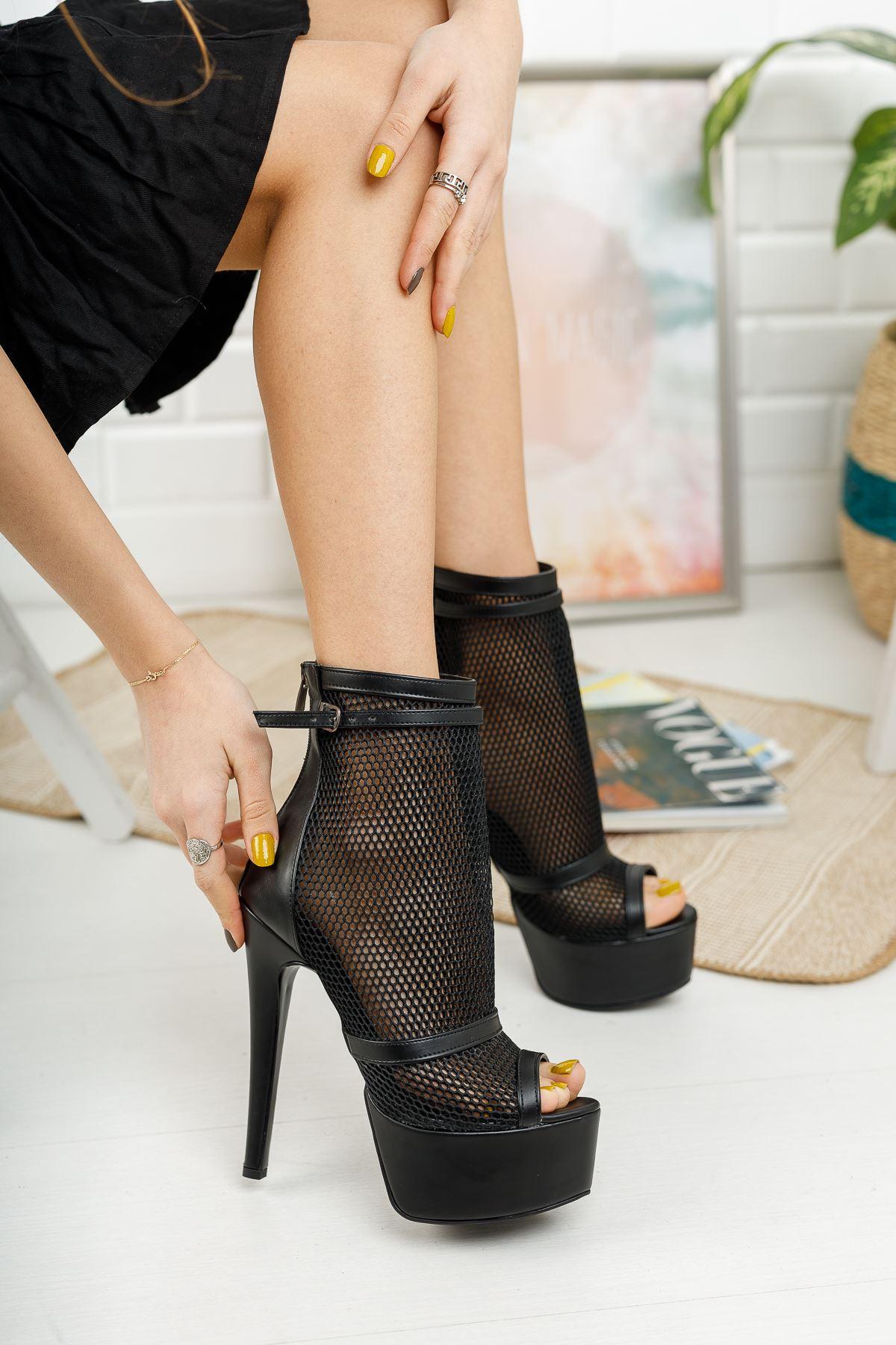 Reanda Siyah Cilt Fileli Çift Baretli Yüksek Topuklu Ayakkabı