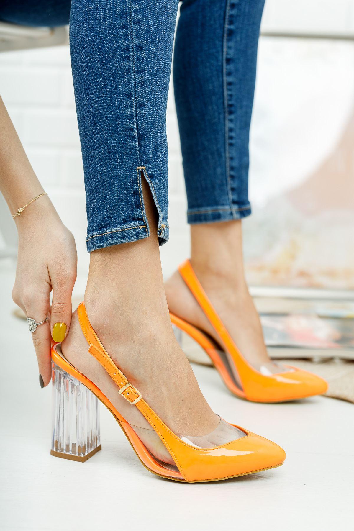 Vanolya Turuncu Rugan Şeffaf Topuklu Sivri Burun Topuklu Ayakkabı