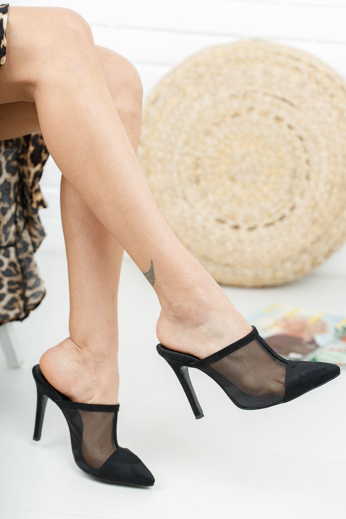 İlevas Siyah Süet Siyah Fileli Topuklu Kadın Terlik
