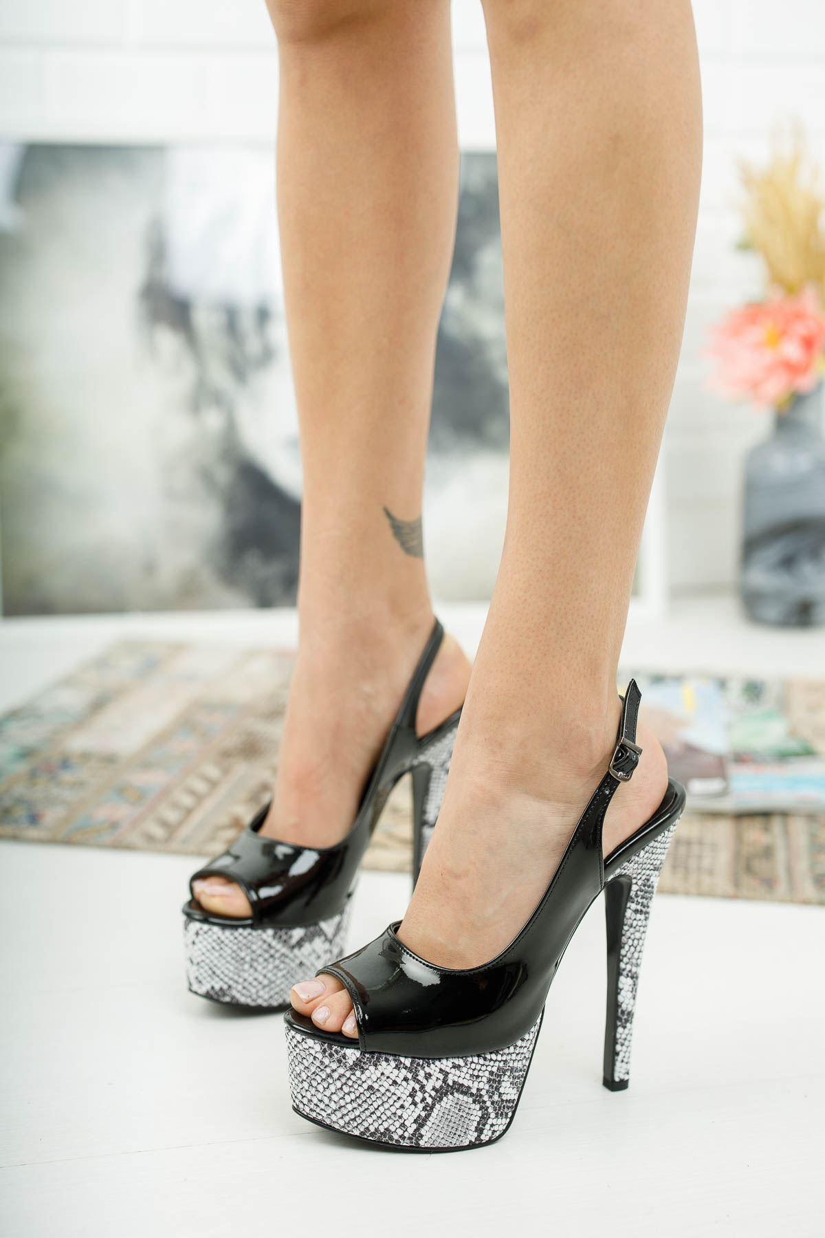 Ruby Siyah Rugan Yılanlı Yüksek Topuklu Kadın Ayakkabı