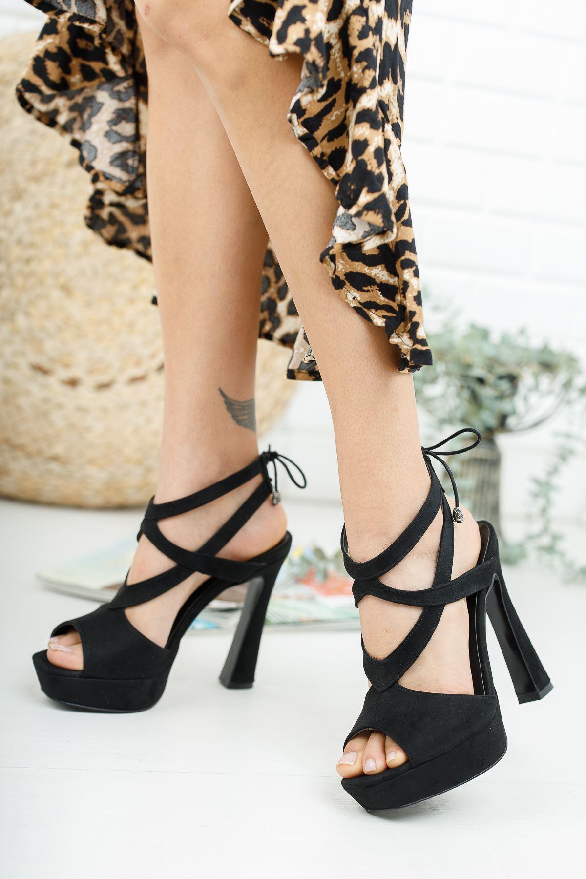 Lecora Siyah Süet Topuklu Ayakkabı