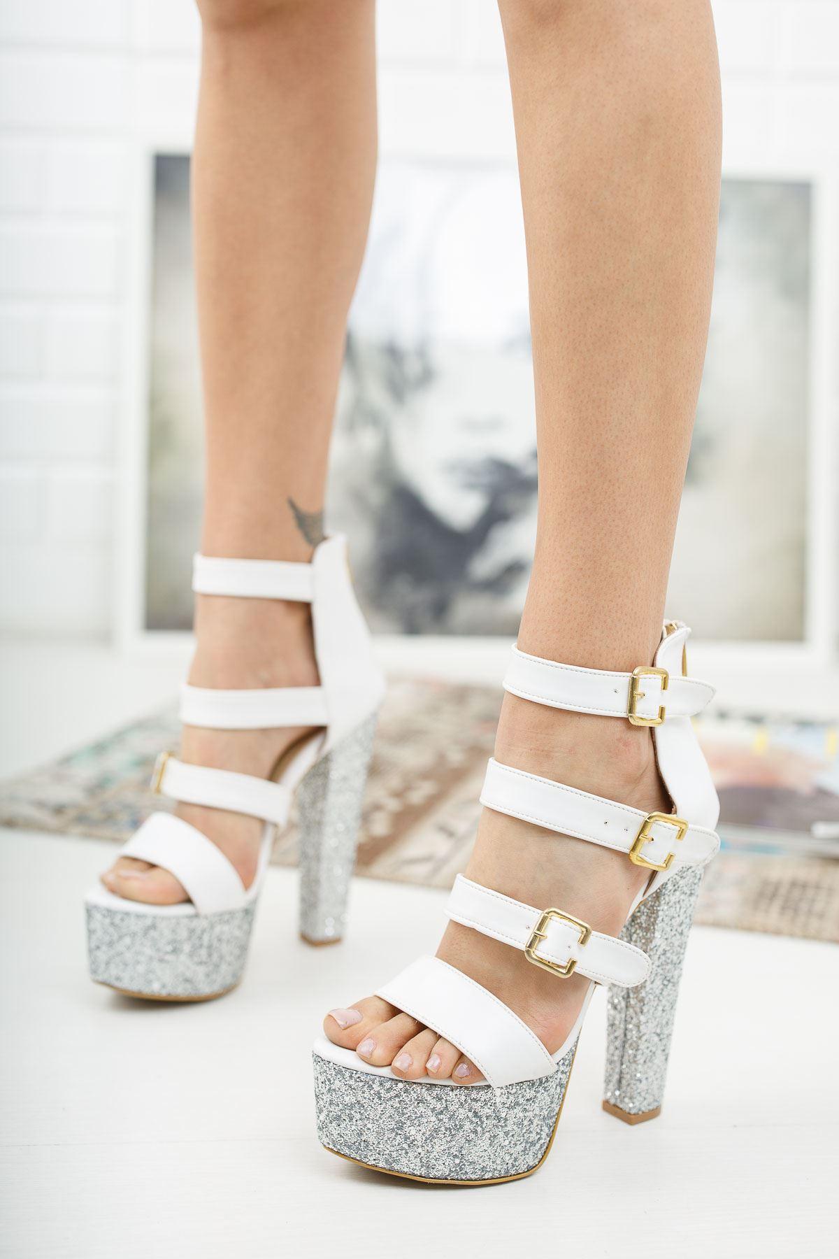 Khayla Beyaz Cilt Patin Taş Yüksek Topuklu Kadın Ayakkabı