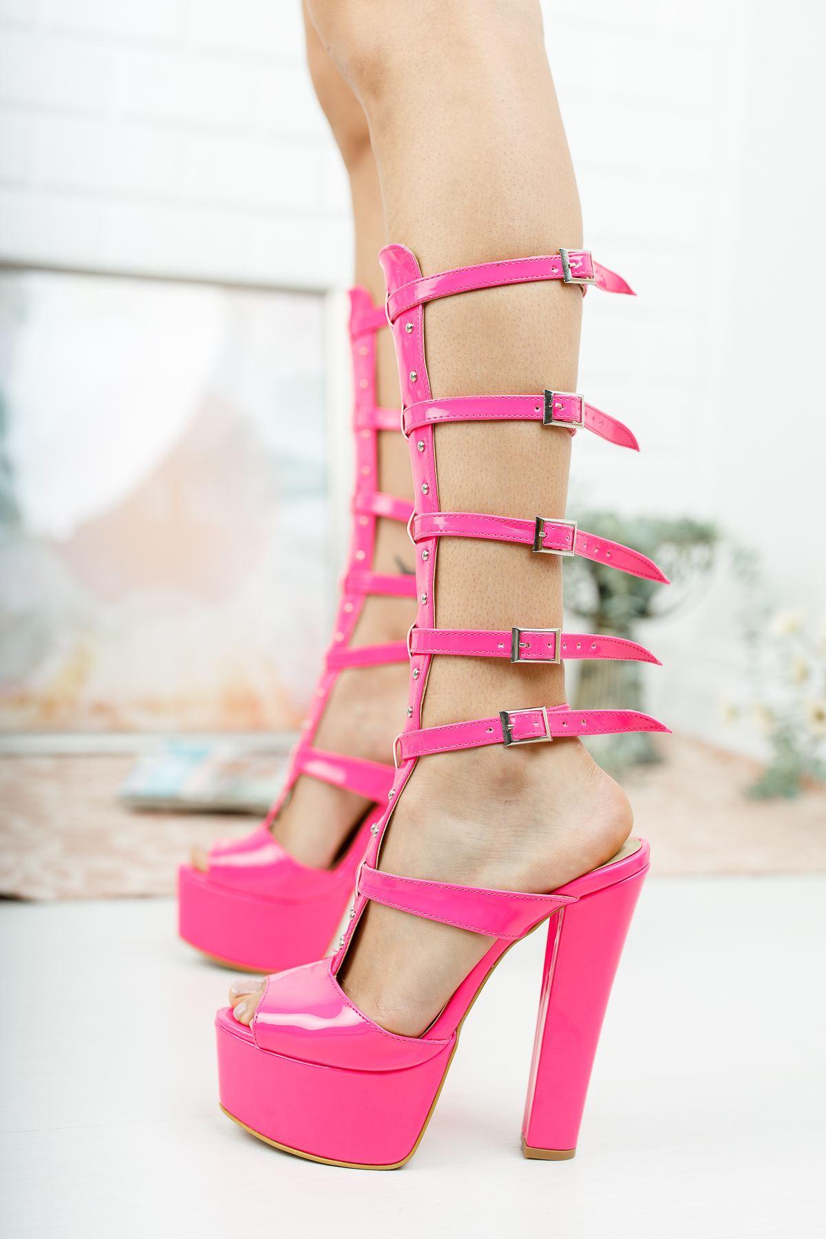 Lesvas Pembe Rugan Yüksek Topuklu Ayakkabı
