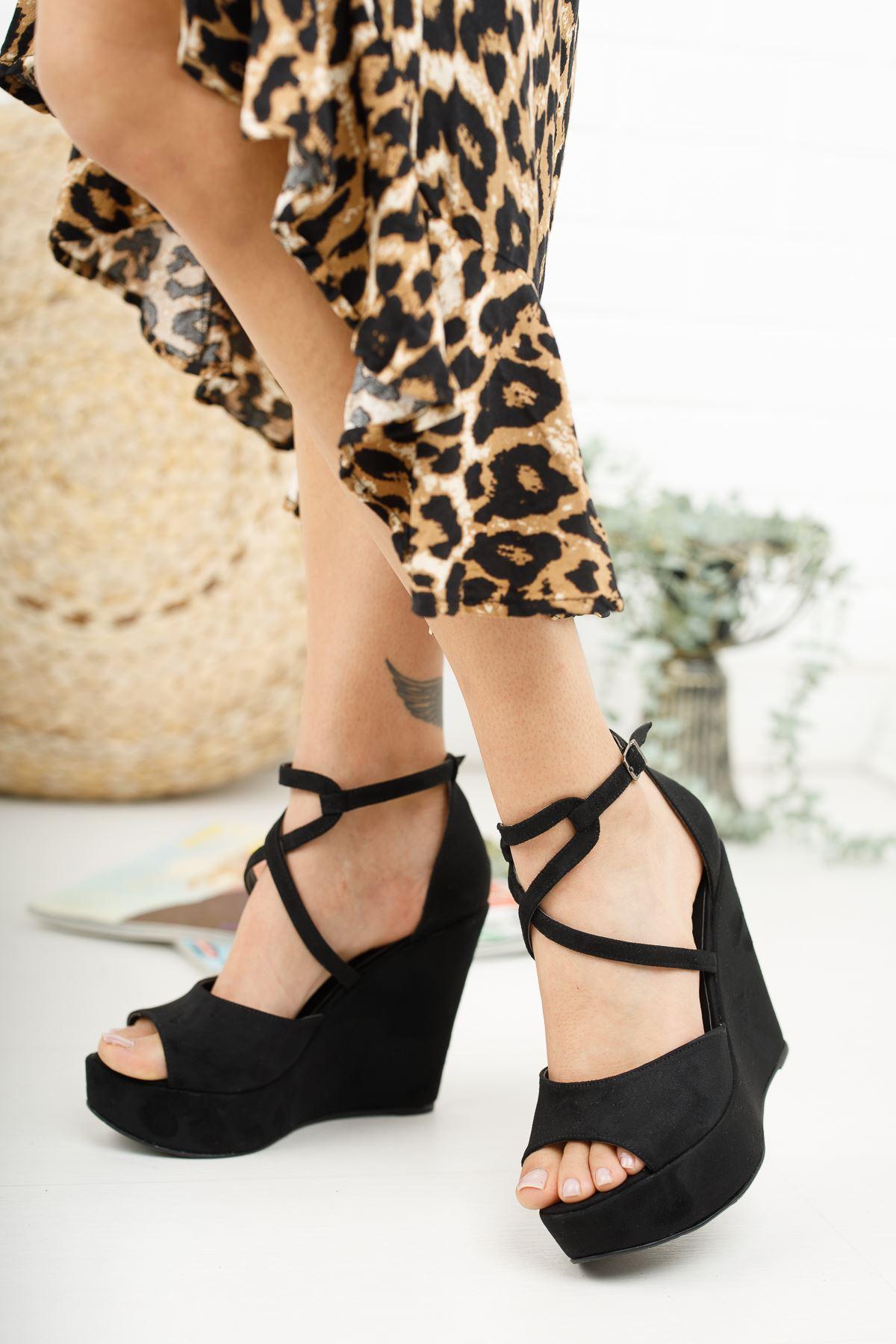 Hailey Siyah Süet Dolgu Topuklu Ayakkabı
