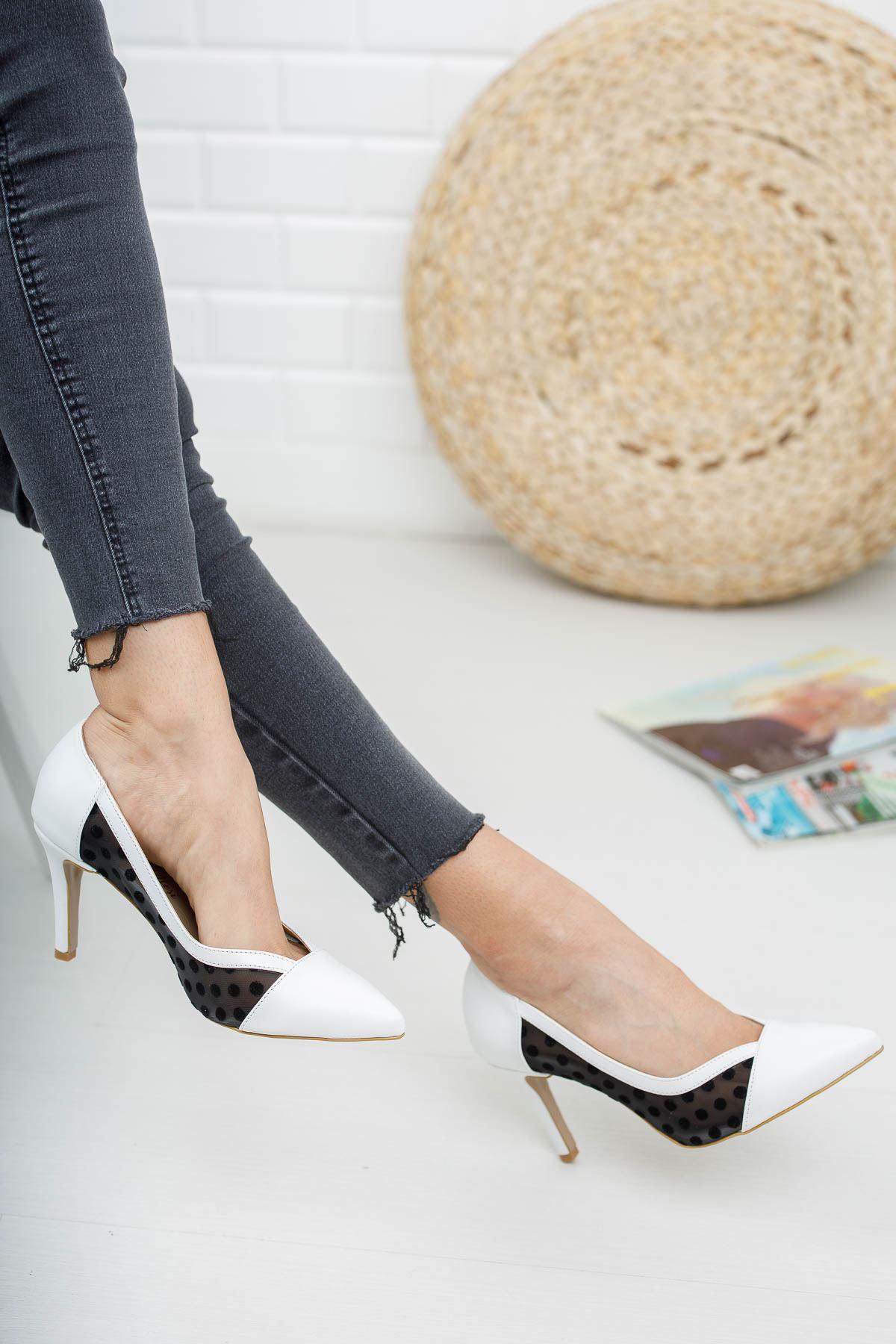 Cody Beyaz Cilt Kısa Topuklu Kadın Ayakkabı