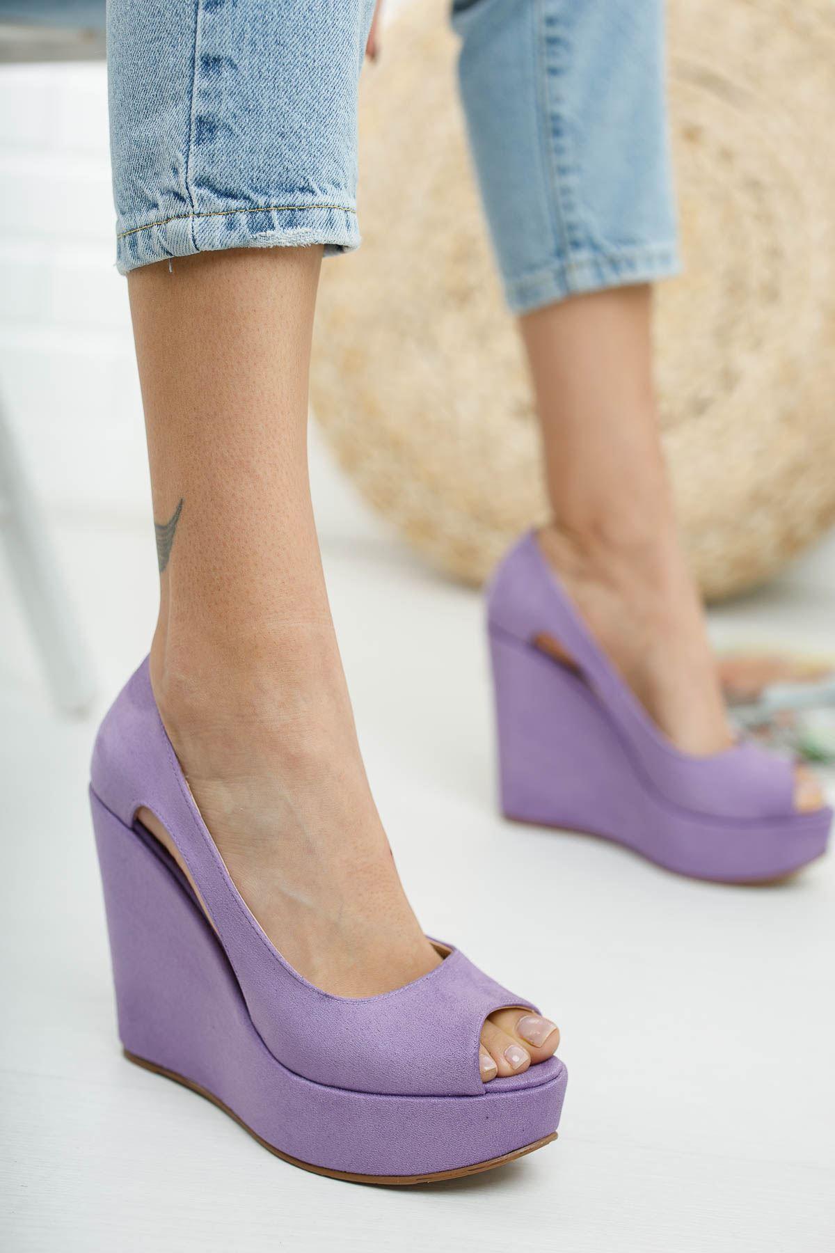 Cosef Lila Süet Dolgu Topuklu Kadın Ayakkabı