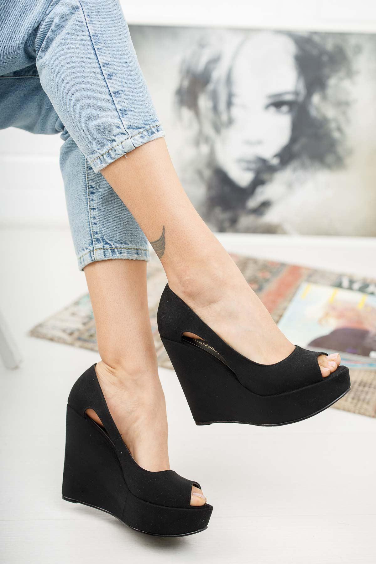 Cosef Siyah Süet Dolgu Topuklu Kadın Ayakkabı