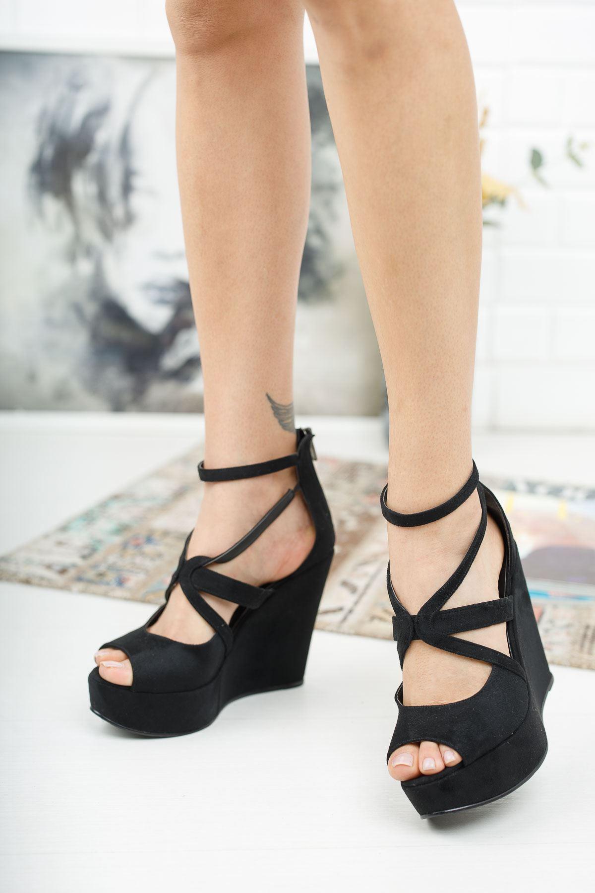 Parsil Siyah Süet Dolgu Topuklu Ayakkabı