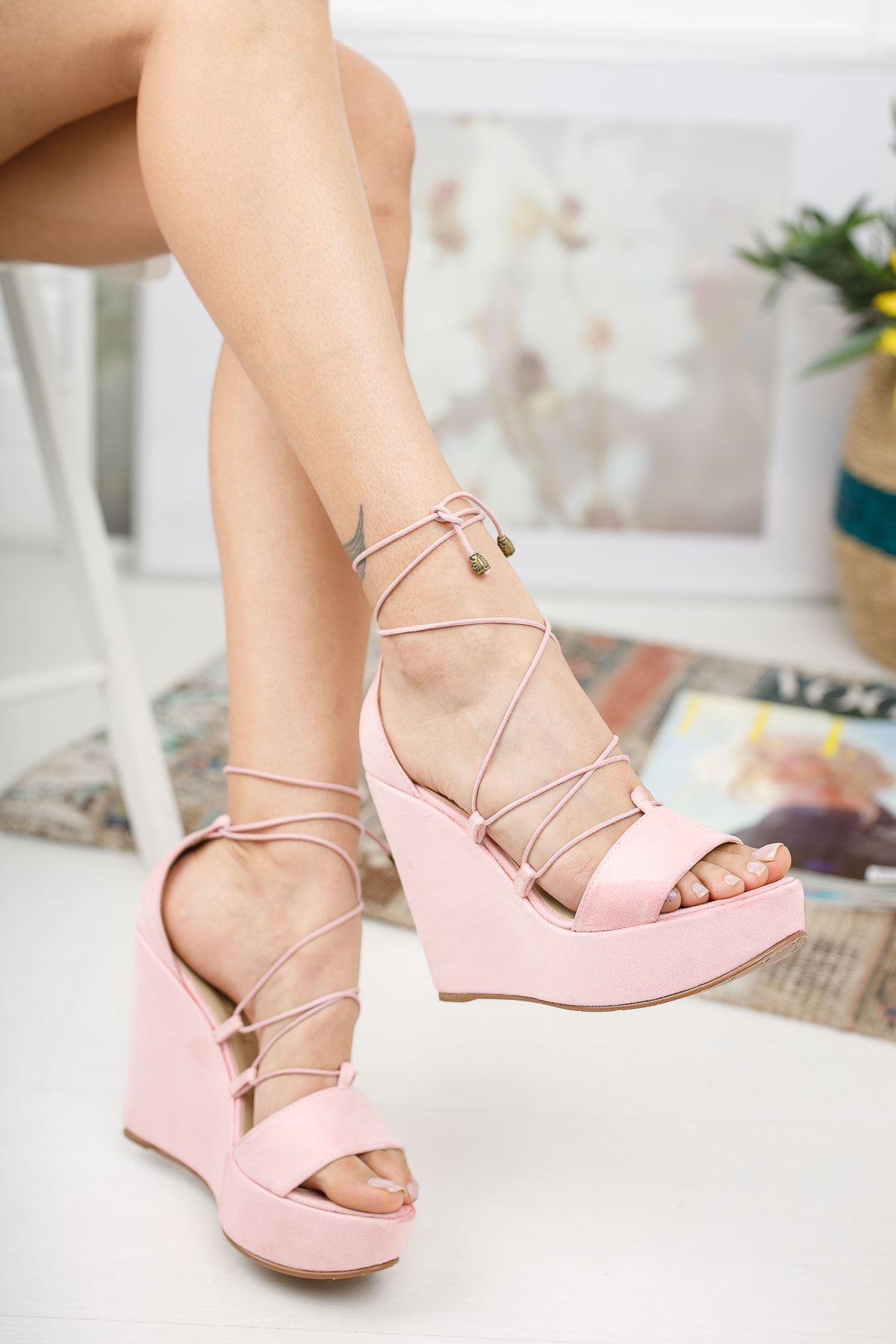 Diona Pudra Süet Dolgu Topuklu Kadın Ayakkabı