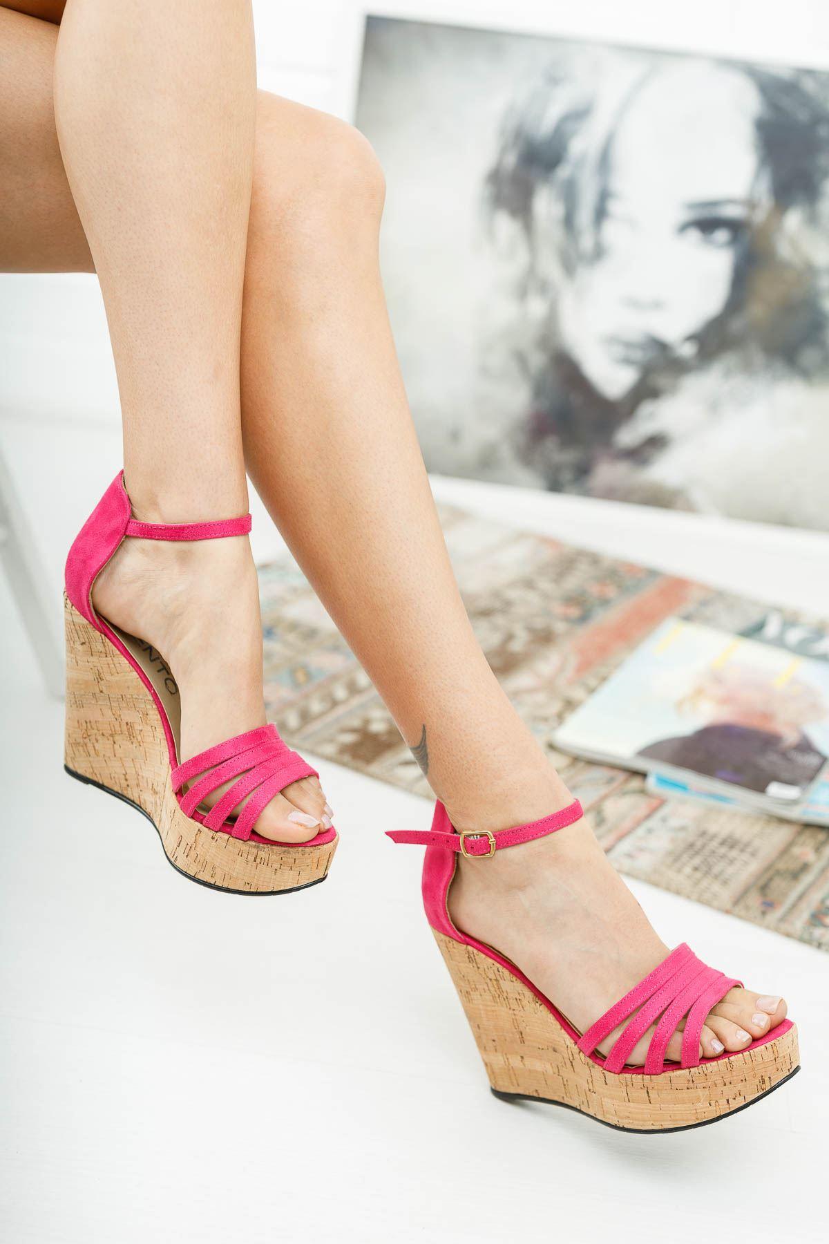 Yelav Fuşya Süet Mantar Dolgu Topuklu Ayakkabı
