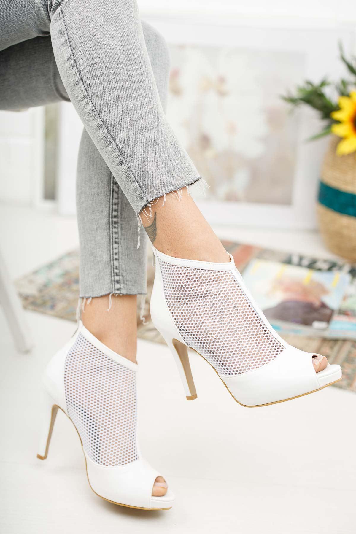 Coleen Beyaz Cilt Topuklu Kadın Ayakkabı