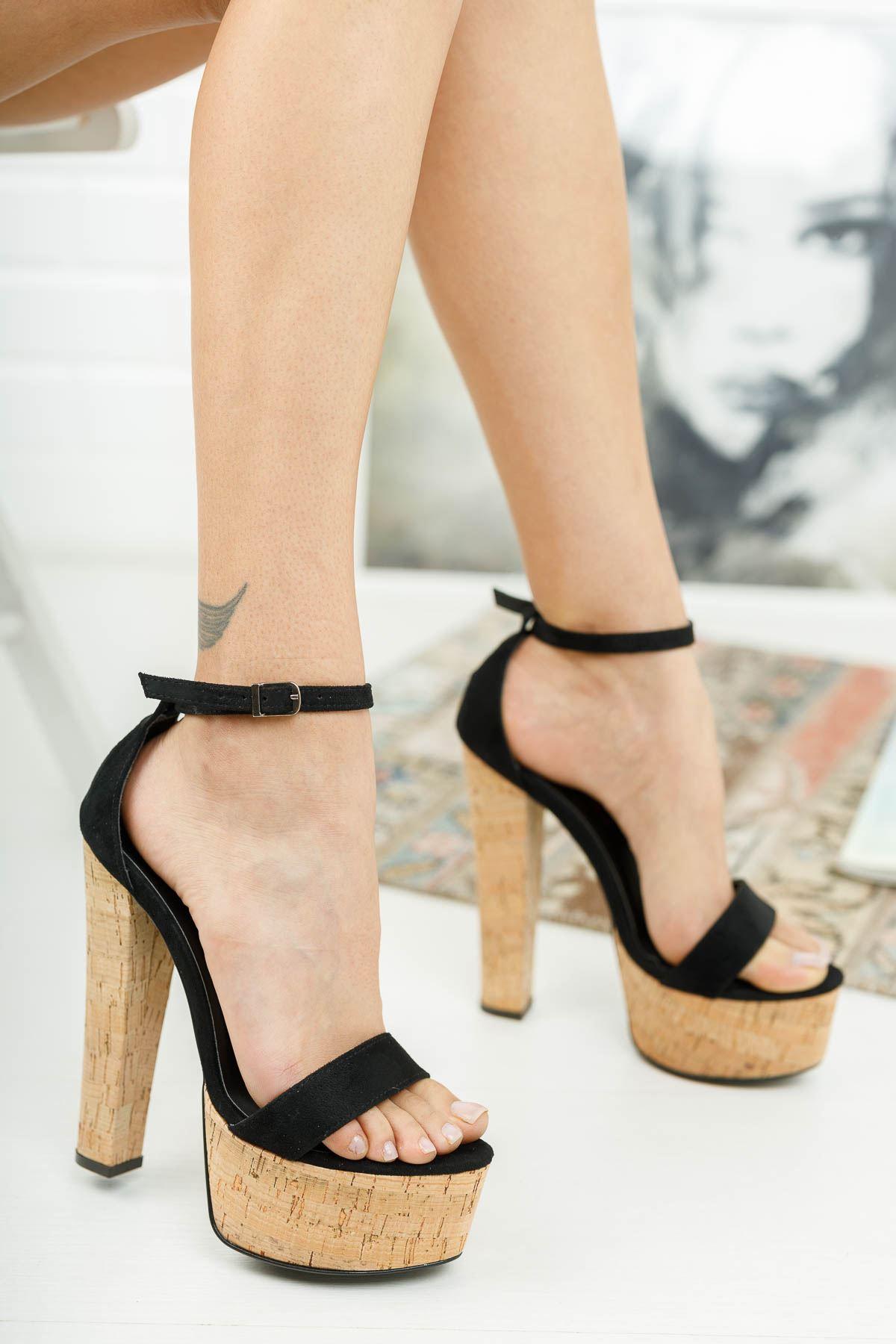 Levans Siyah Süet Mantar Yüksek Topuklu Kadın Ayakkabı