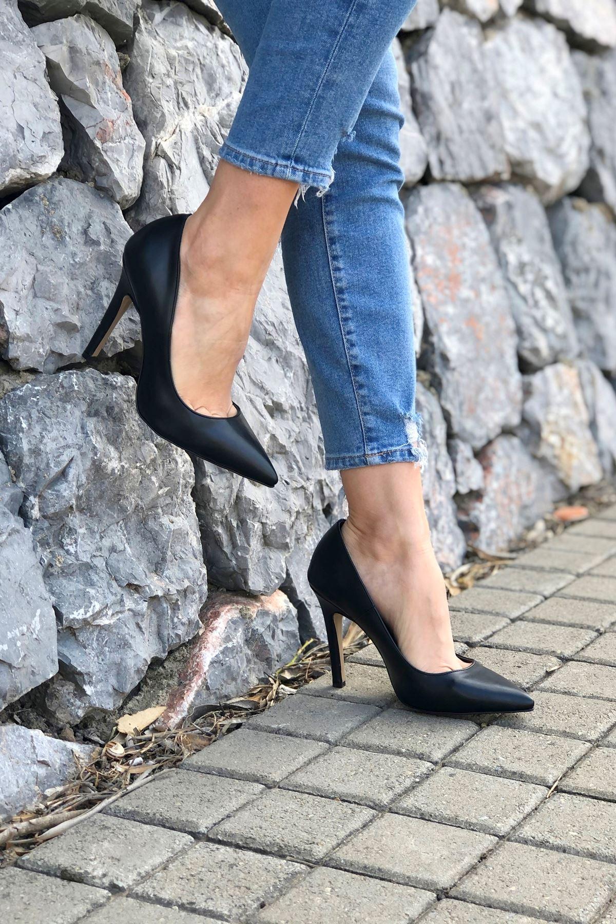 Tokyo Siyah Cilt Topuklu Ayakkabı