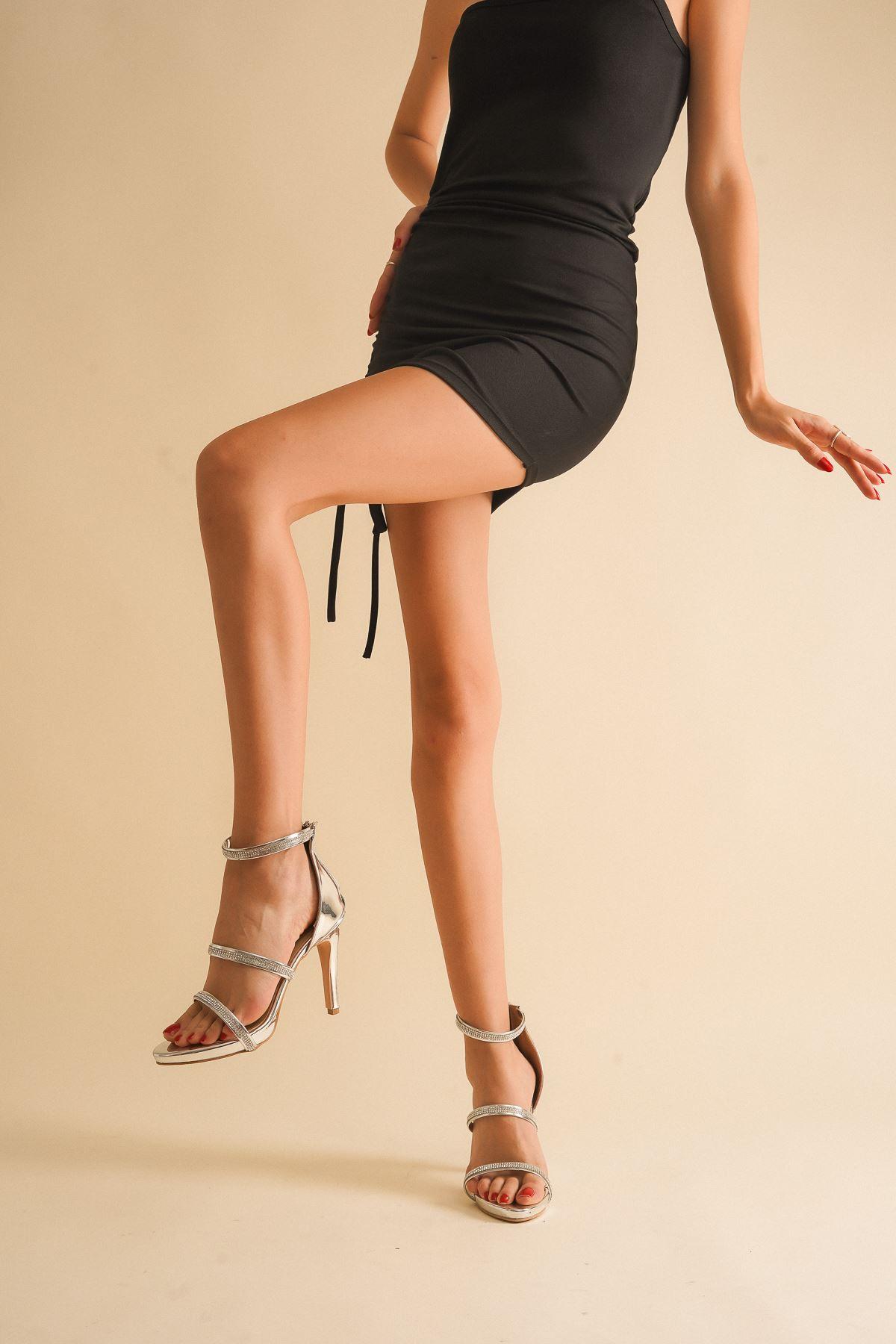 Gieda Gümüş Ayna Taşı Topuklu Ayakkabı