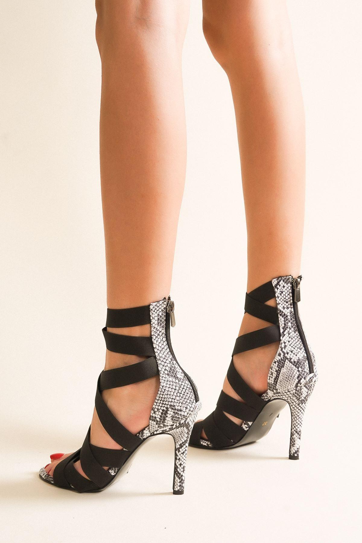 Rasha Siyah Yılan Lastikli Topuklu Ayakkabı