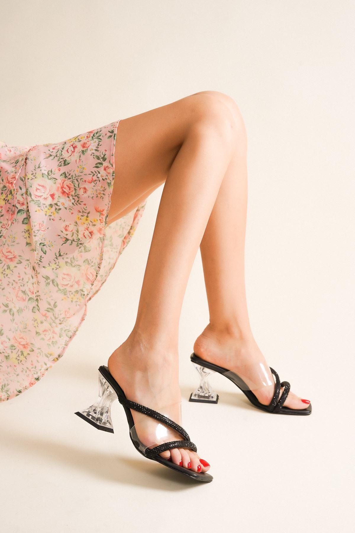 Tiya Siyah Cilt Şeffaf Kadın Topuklu Ayakkabı