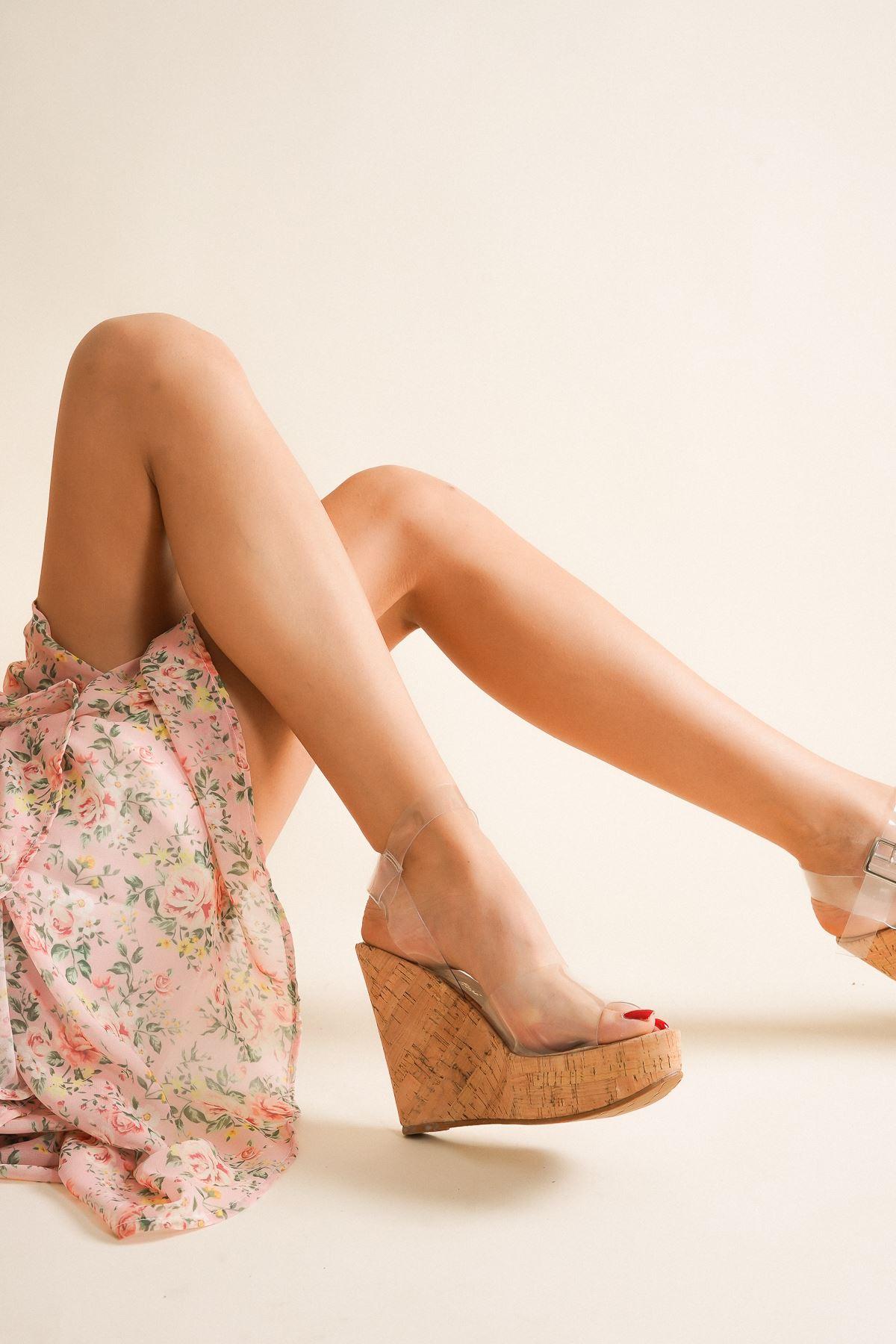 Leona Mantar Şeffaf Dolgu Topuklu Ayakkabı