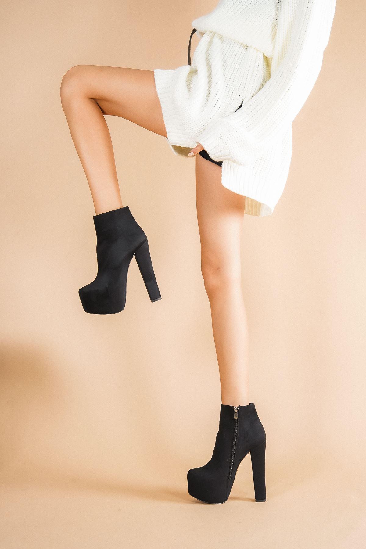 Punta Siyah Süet Topuklu Kadın Bot