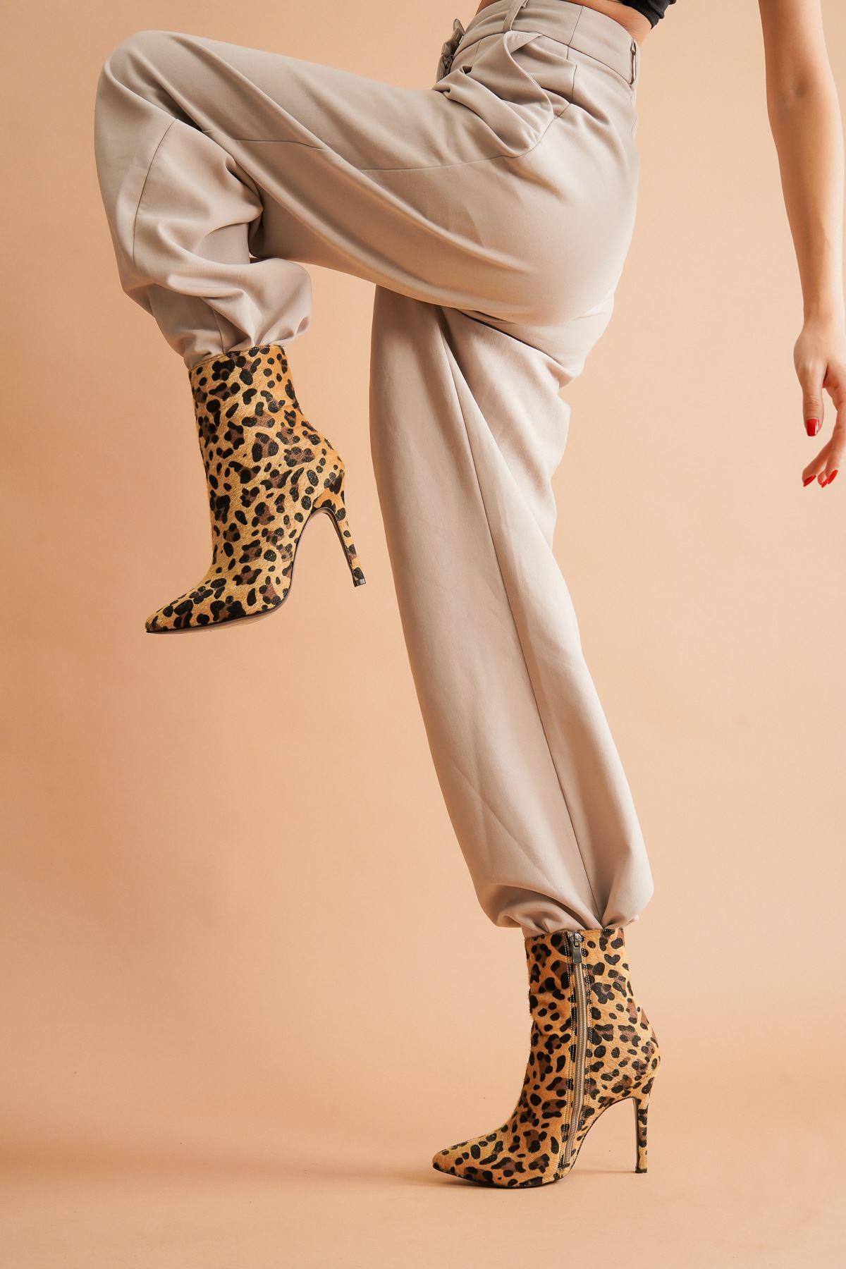 Halden Leopar Topuklu Kadın Bot