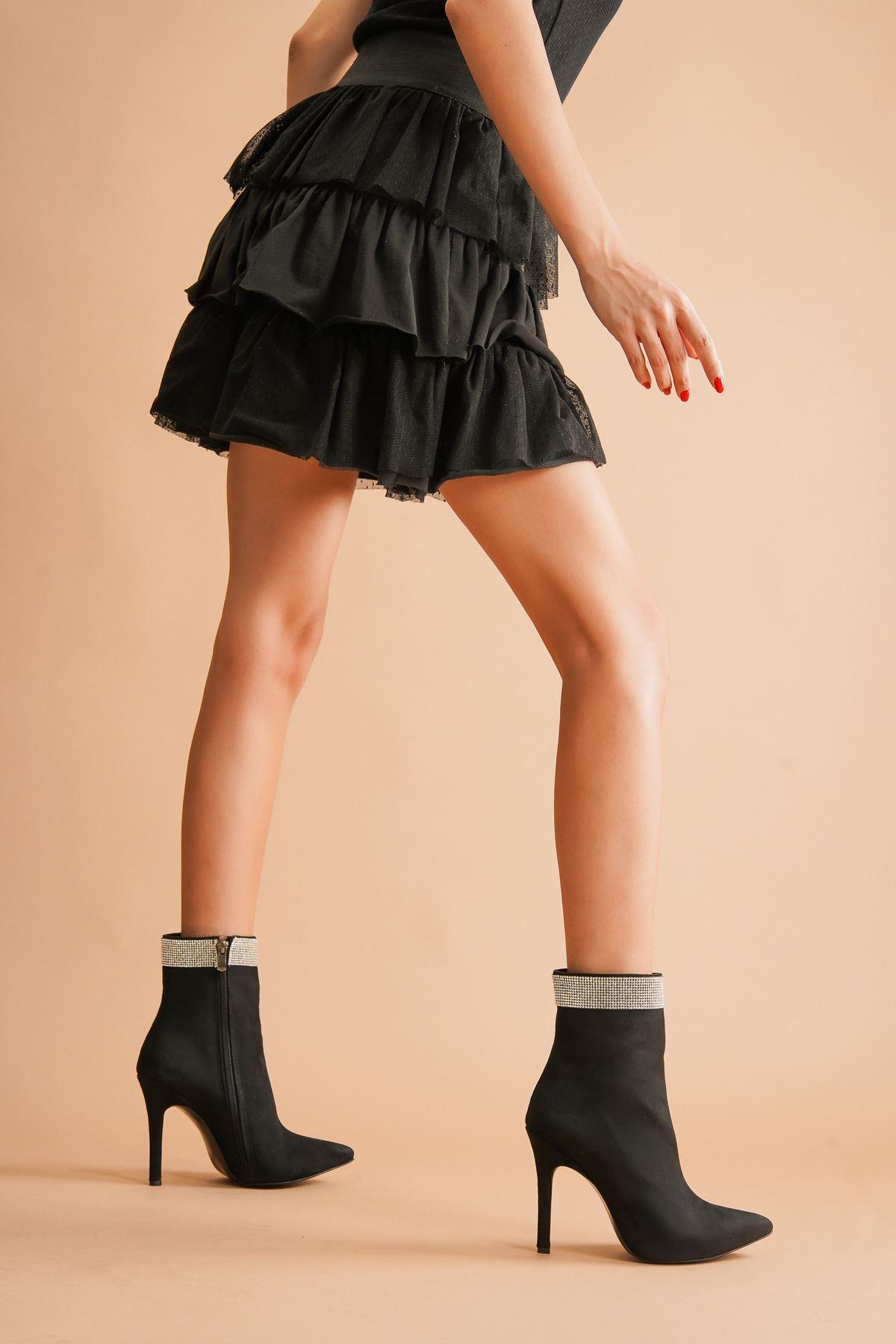 Diya Siyah Süet Taşlı Topuklu Kadın Bot